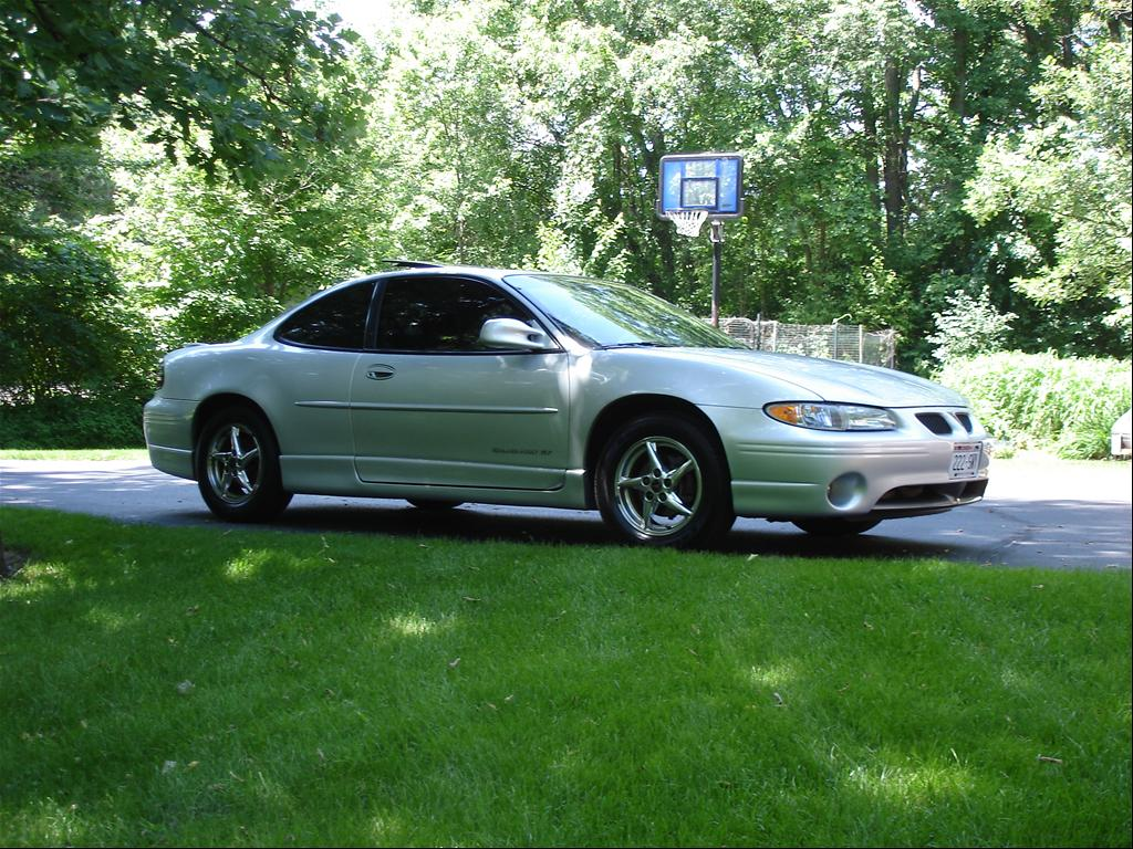 gpcruzin 2002 pontiac grand prixgt coupe 2d specs photos. Black Bedroom Furniture Sets. Home Design Ideas