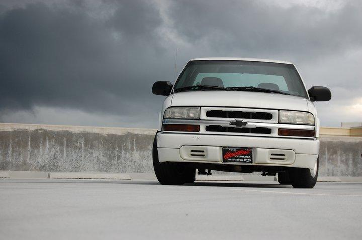 Jesse329 2000 Chevrolet S10 Extended Cab