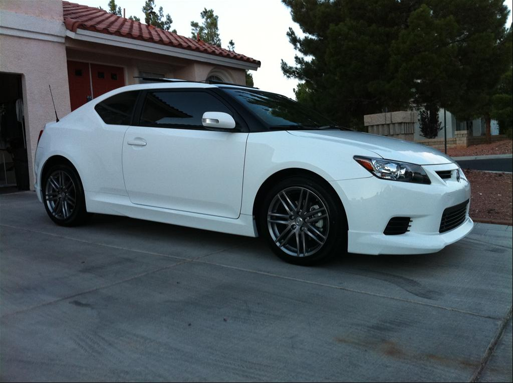irvenz 39 s 2011 scion tc hatchback coupe 2d in las vegas nv. Black Bedroom Furniture Sets. Home Design Ideas