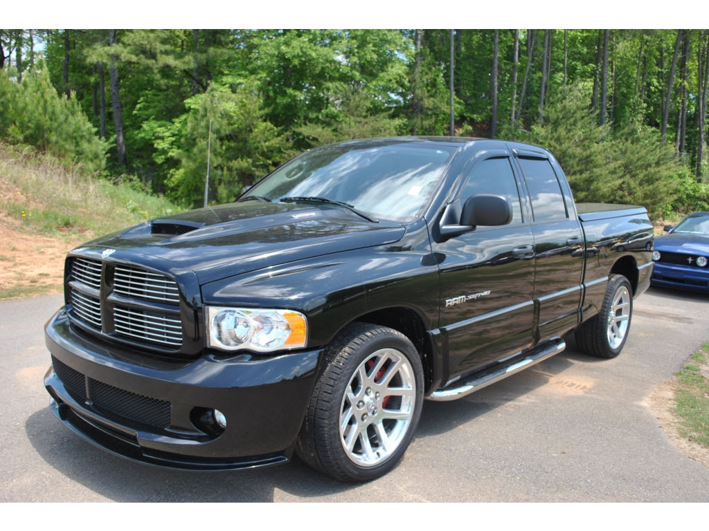 jhazephae 2005 dodge ram srt 10 specs photos modification info at cardomain. Black Bedroom Furniture Sets. Home Design Ideas