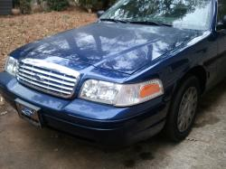 CORAMYs 2005 Ford Crown Victoria