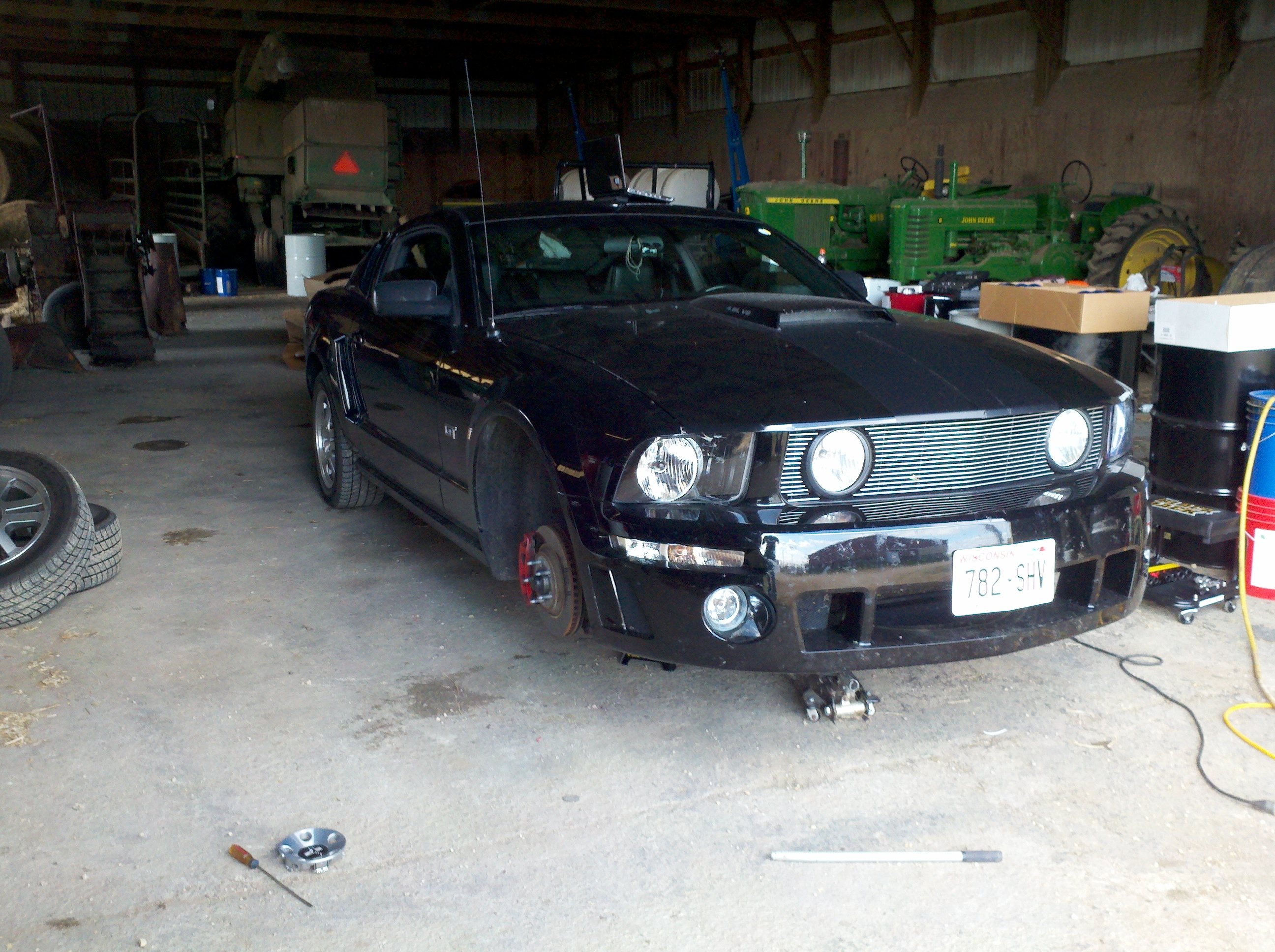 Another v6mustang98 2005 Ford Mustang post... - 15211939
