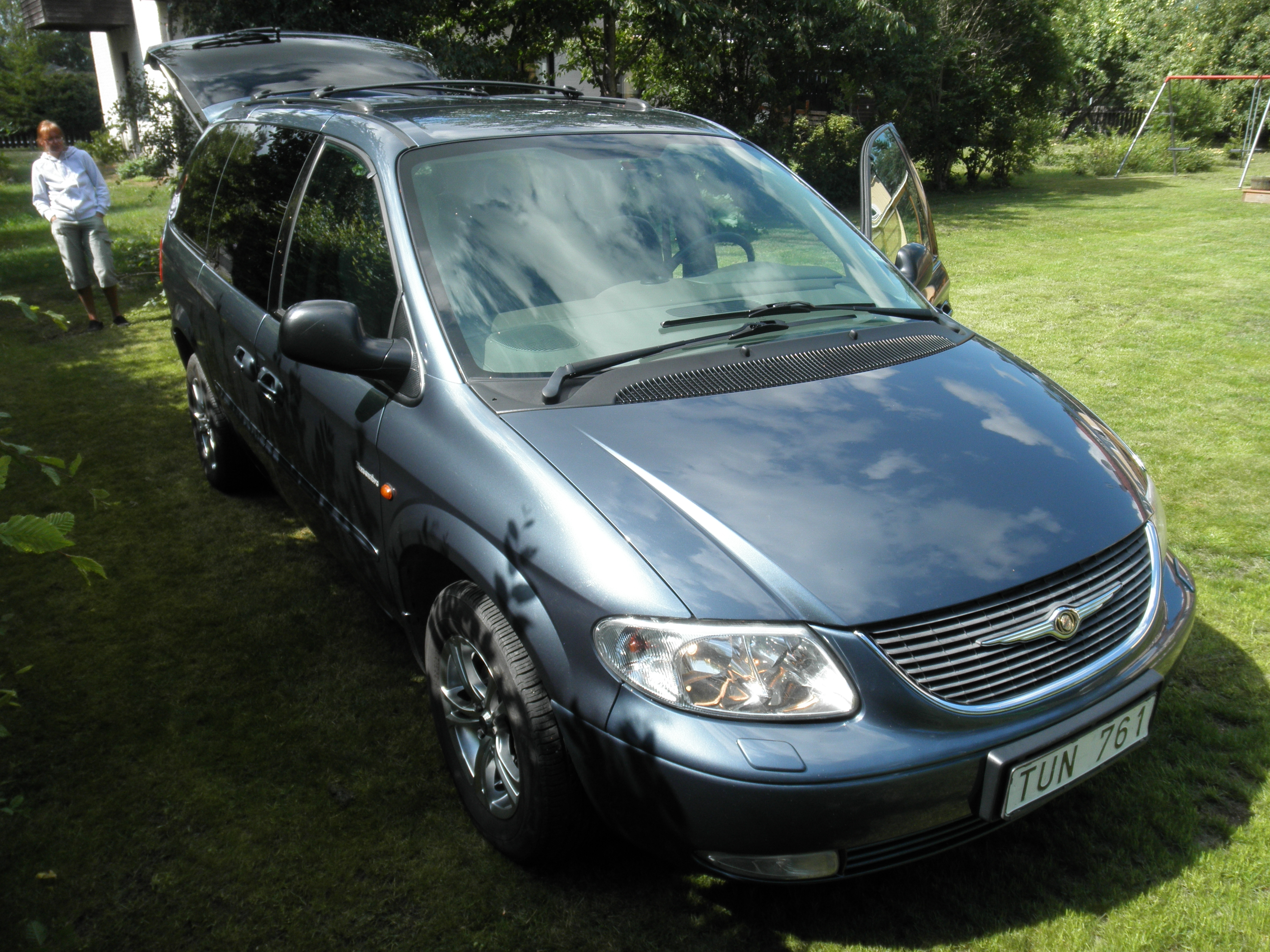 bosse 2003 chrysler grand voyager specs photos modification info at cardomain. Black Bedroom Furniture Sets. Home Design Ideas