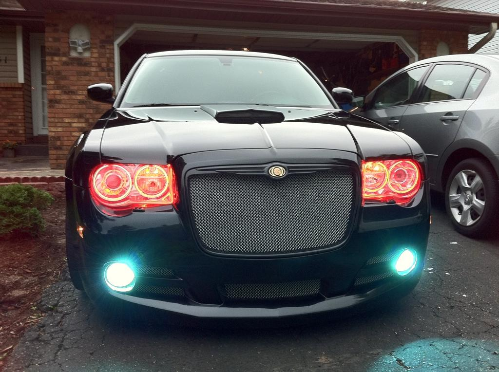 valiksharik 2007 chrysler 300300c srt8 sedan 4d specs. Black Bedroom Furniture Sets. Home Design Ideas