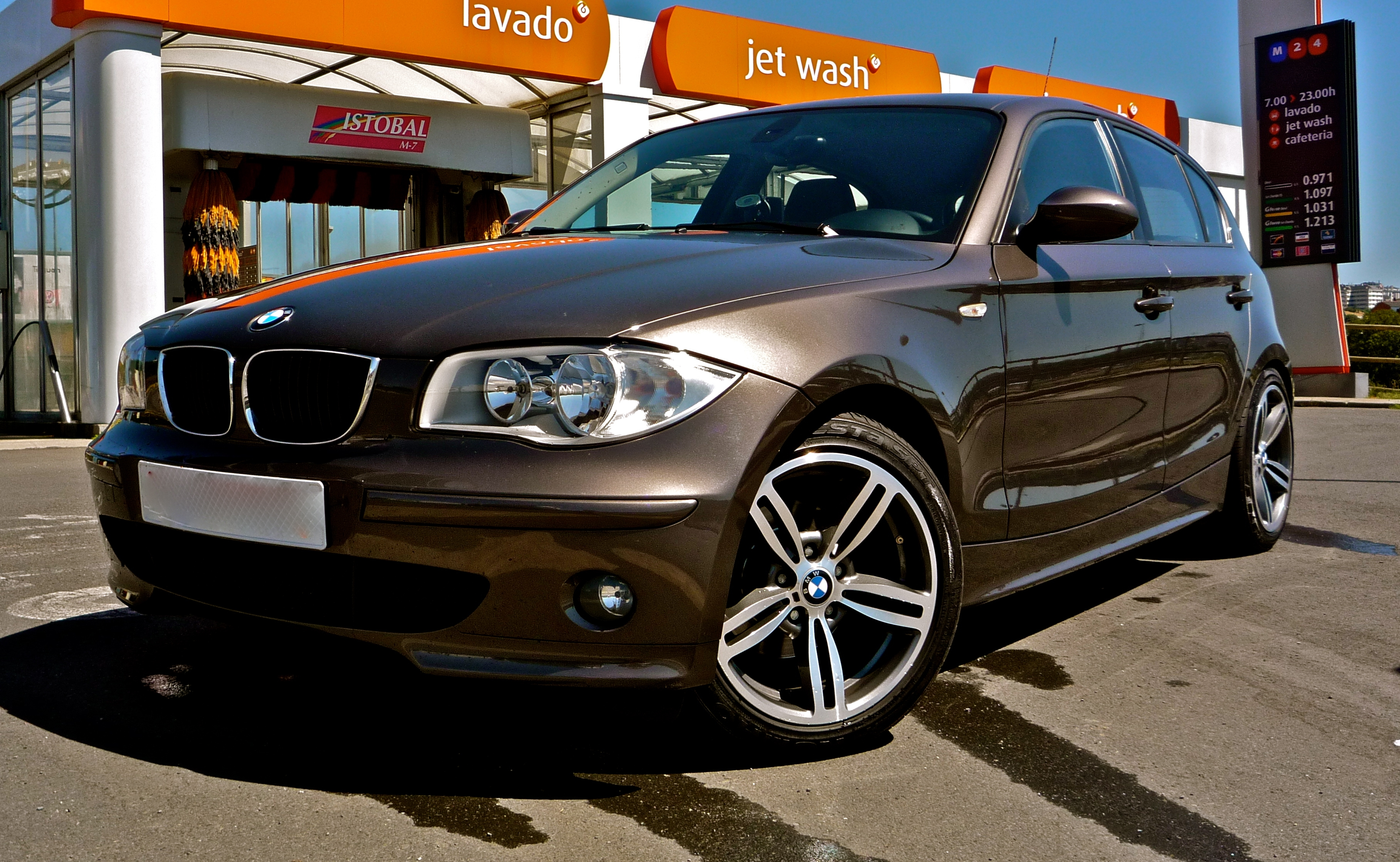 ratmir 2004 bmw 1 series specs photos modification info at cardomain. Black Bedroom Furniture Sets. Home Design Ideas