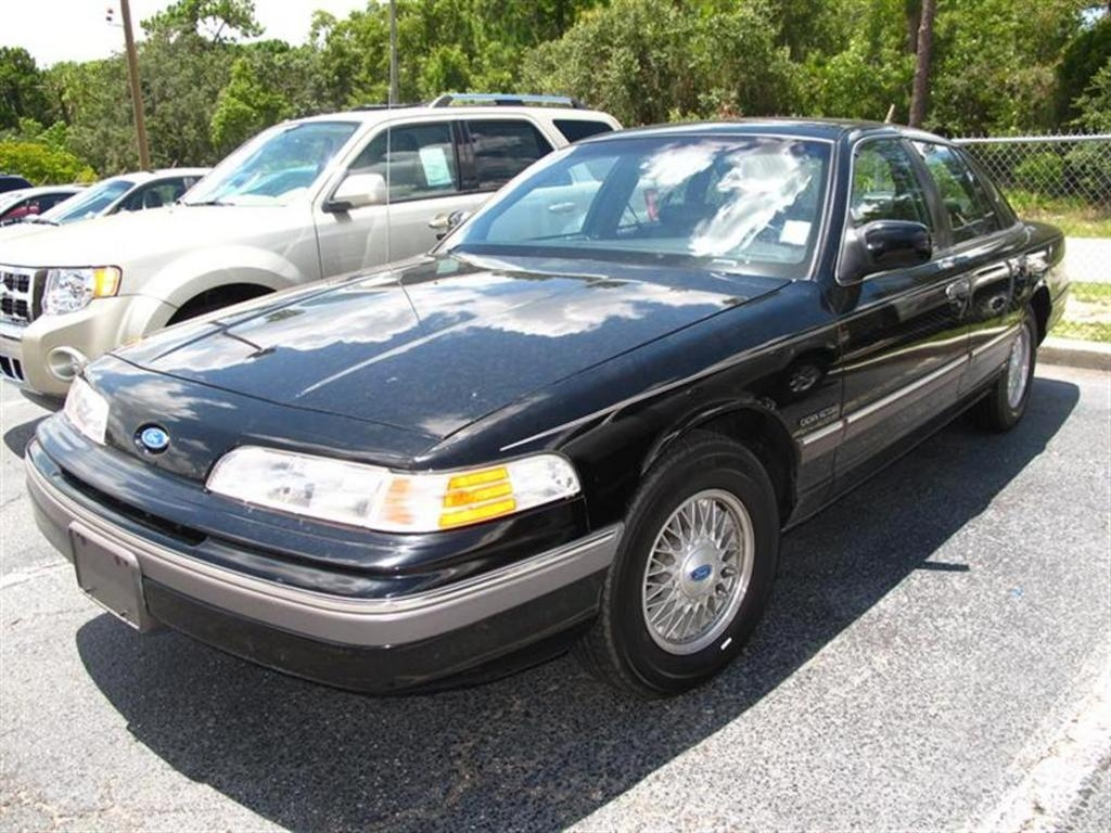 Sergeymp 1991 Ford Crown Victorialx Sedan 4d Specs Photos Modification Info At Cardomain