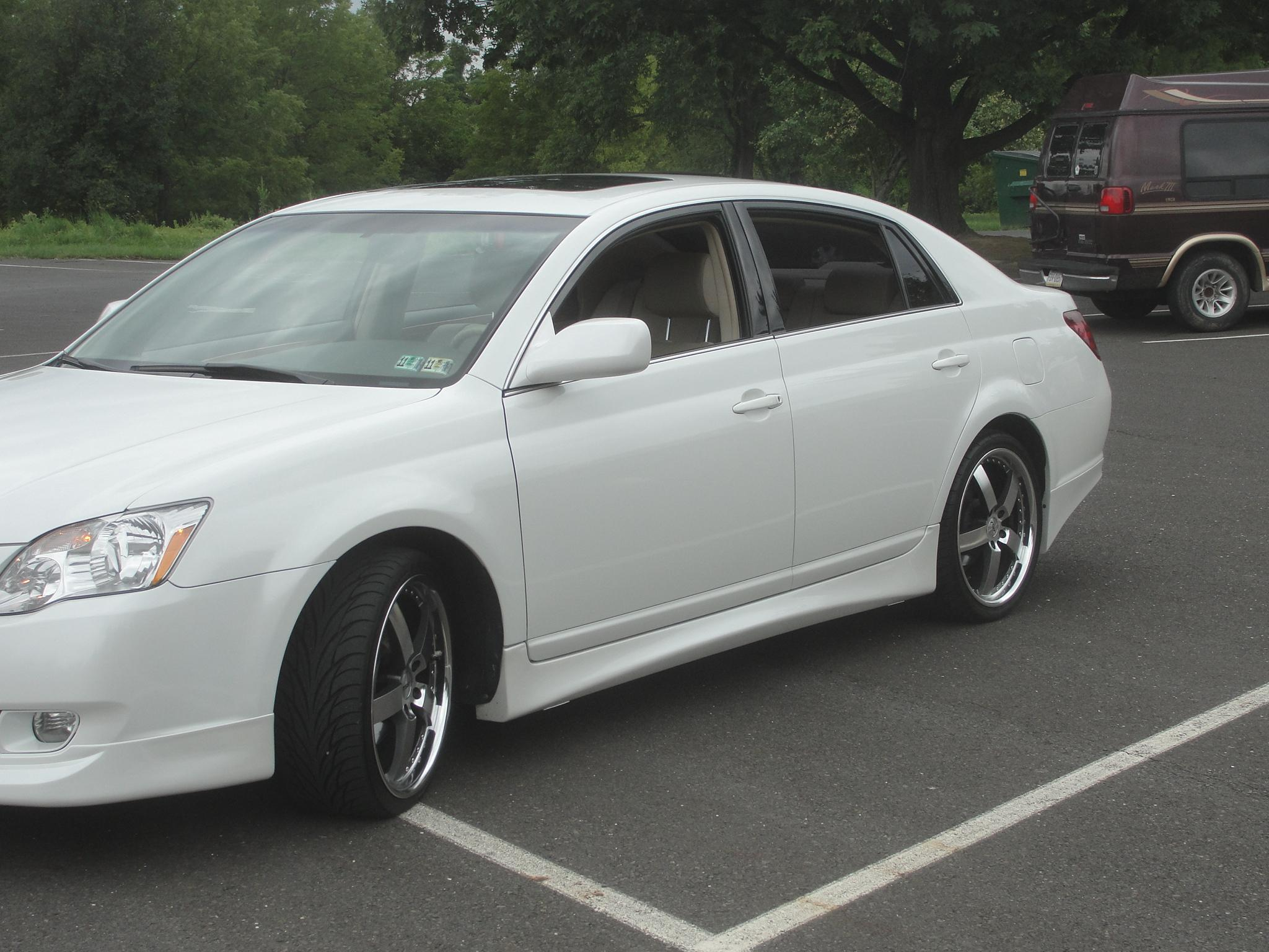 2013 Toyota Avalon Limited Test – Review – Car and Driver