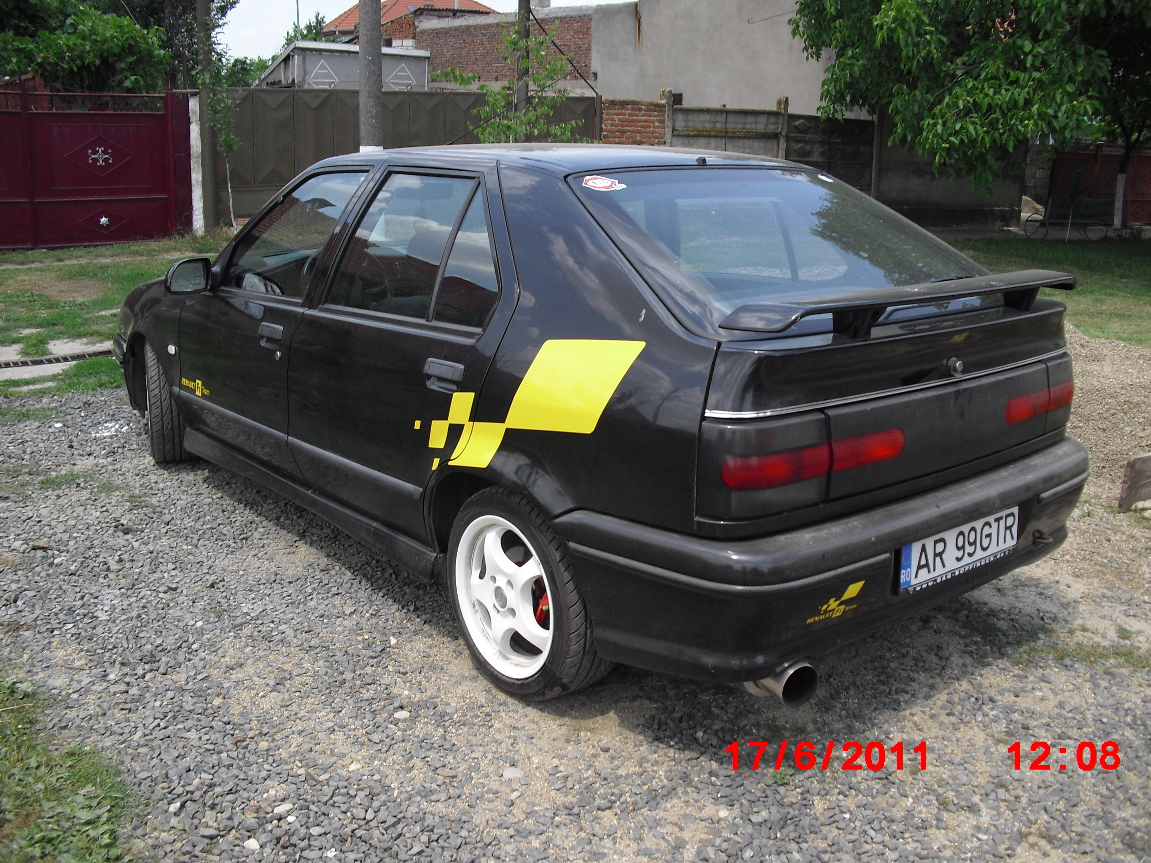 Another ar99gtr 1995 Renault 19 post... - 15234296