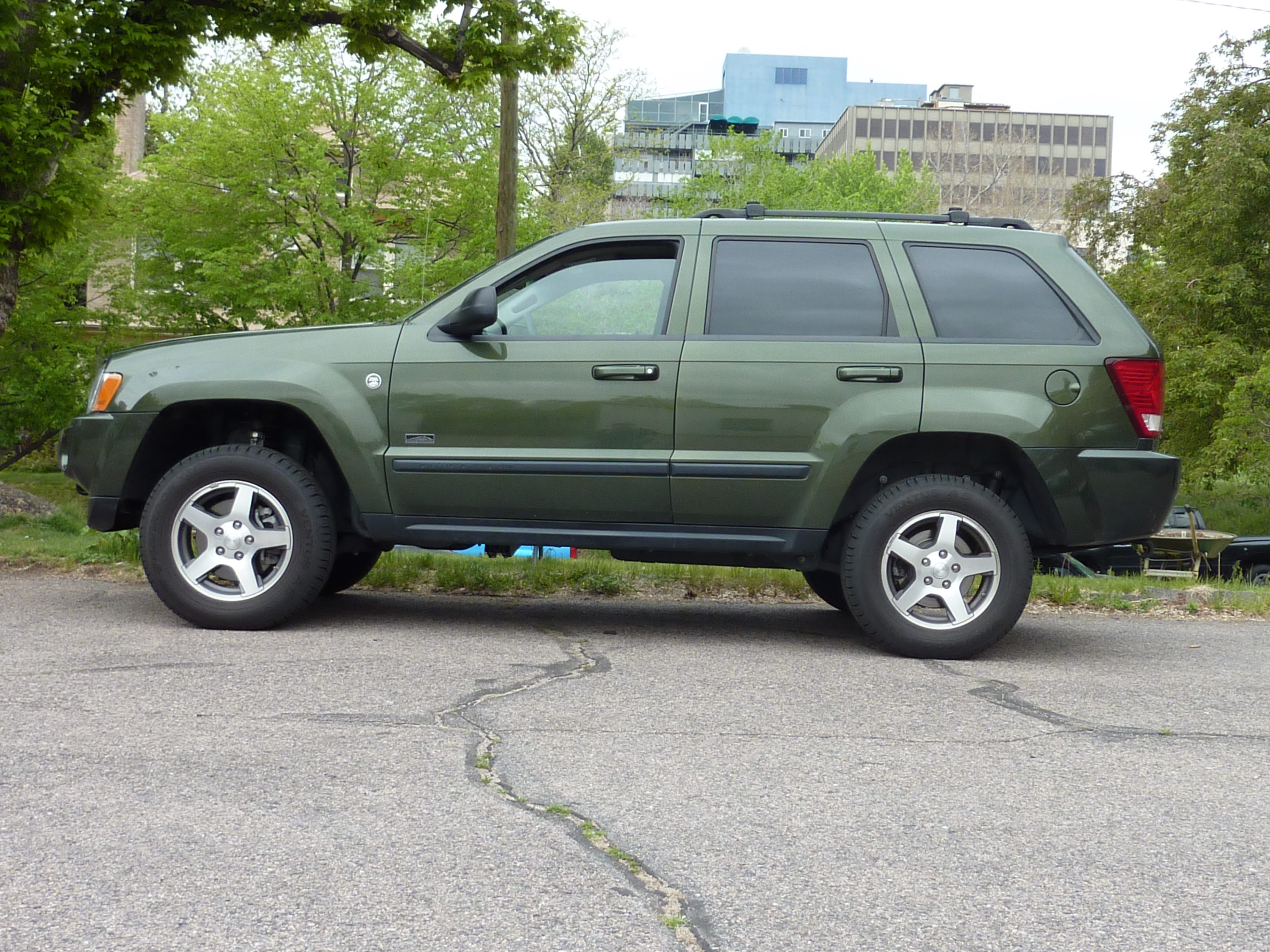 Another 2002_Strat 2007 Jeep Grand Cherokee post... - 15234495