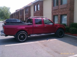 THastings420 2002 Nissan Frontier Crew Cab