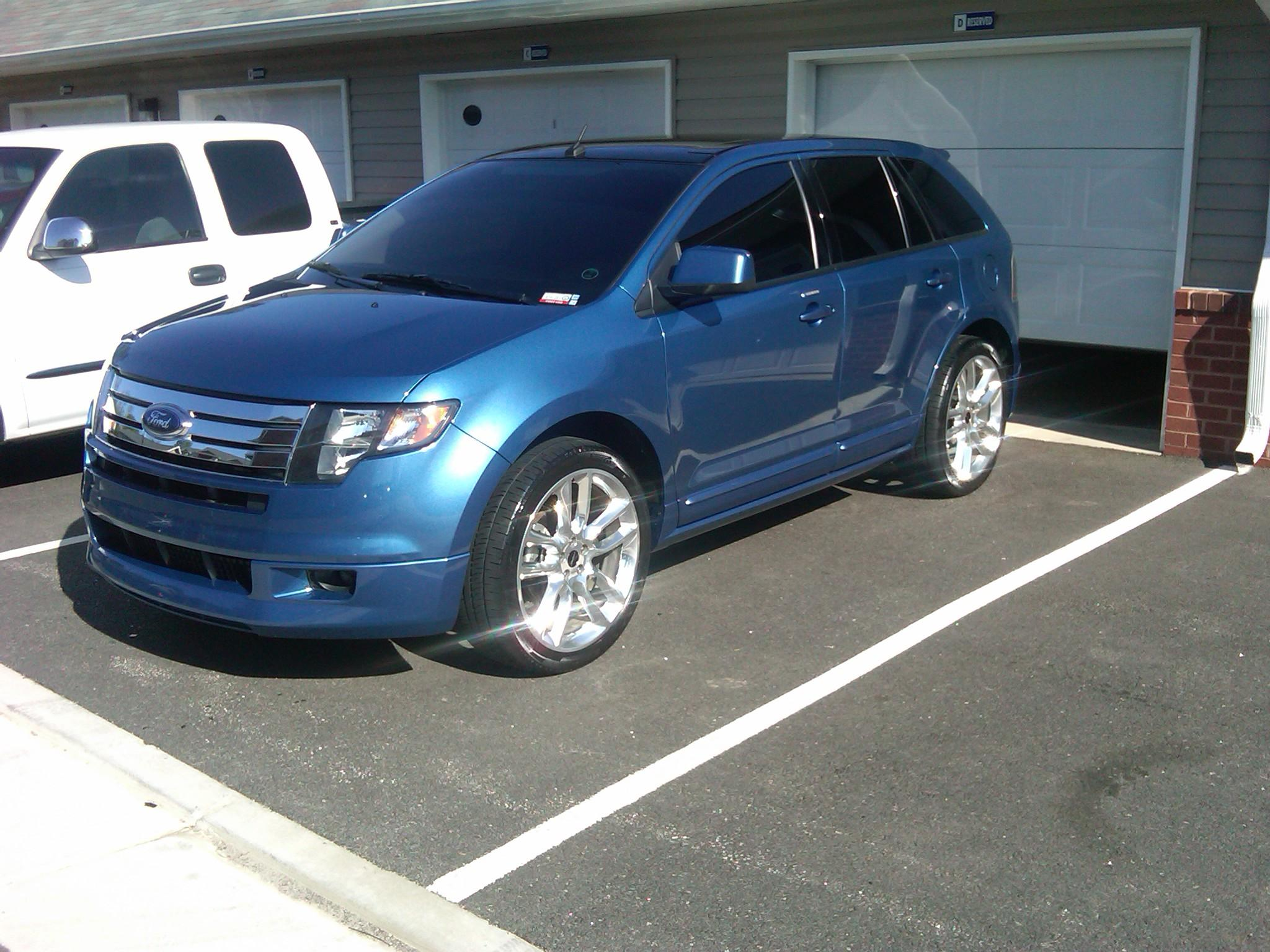 randaahye 2009 Ford Edge