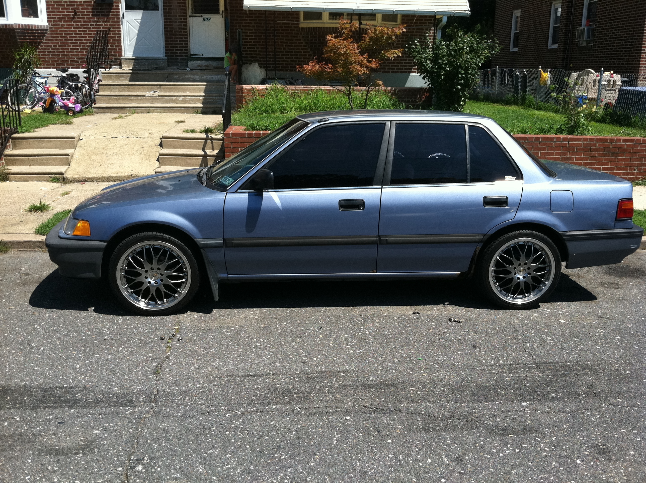 young reese 1990 honda civicdx sedan 4d specs photos modification info at cardomain. Black Bedroom Furniture Sets. Home Design Ideas