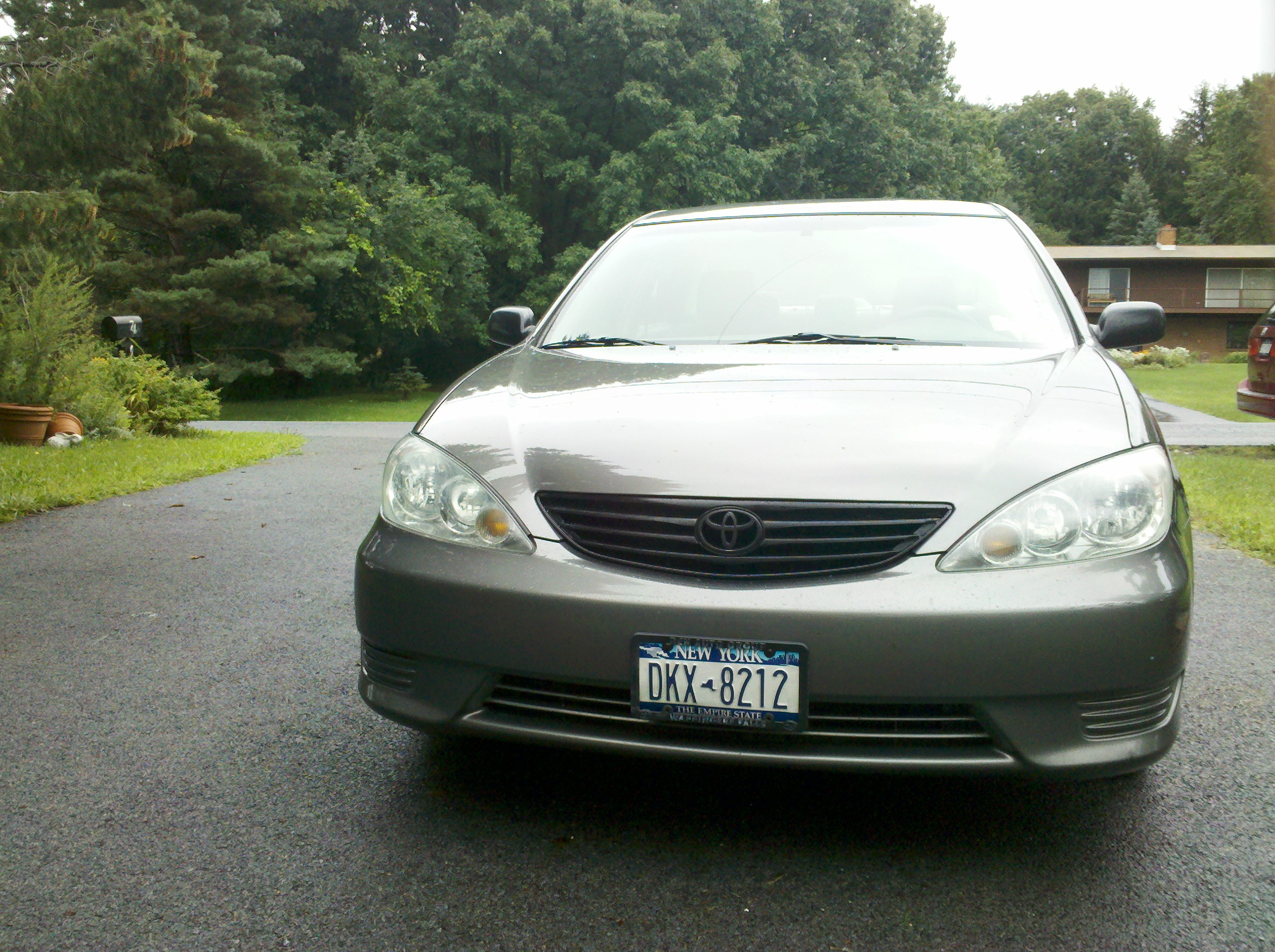 holynick 39 s 2006 toyota camry le sedan 4d in wappingers falls ny. Black Bedroom Furniture Sets. Home Design Ideas