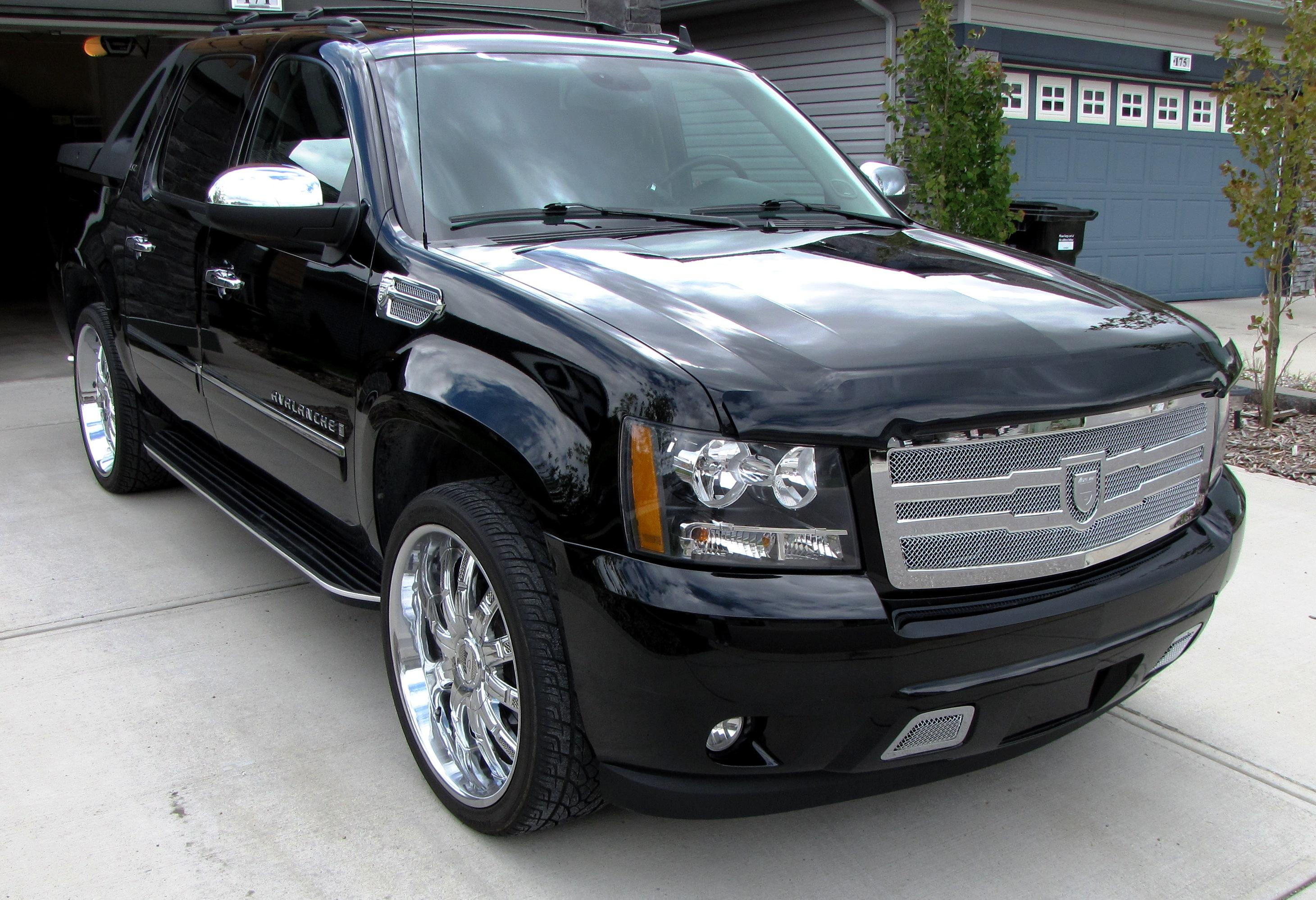2014 chevy avalance on 22s autos post. Black Bedroom Furniture Sets. Home Design Ideas