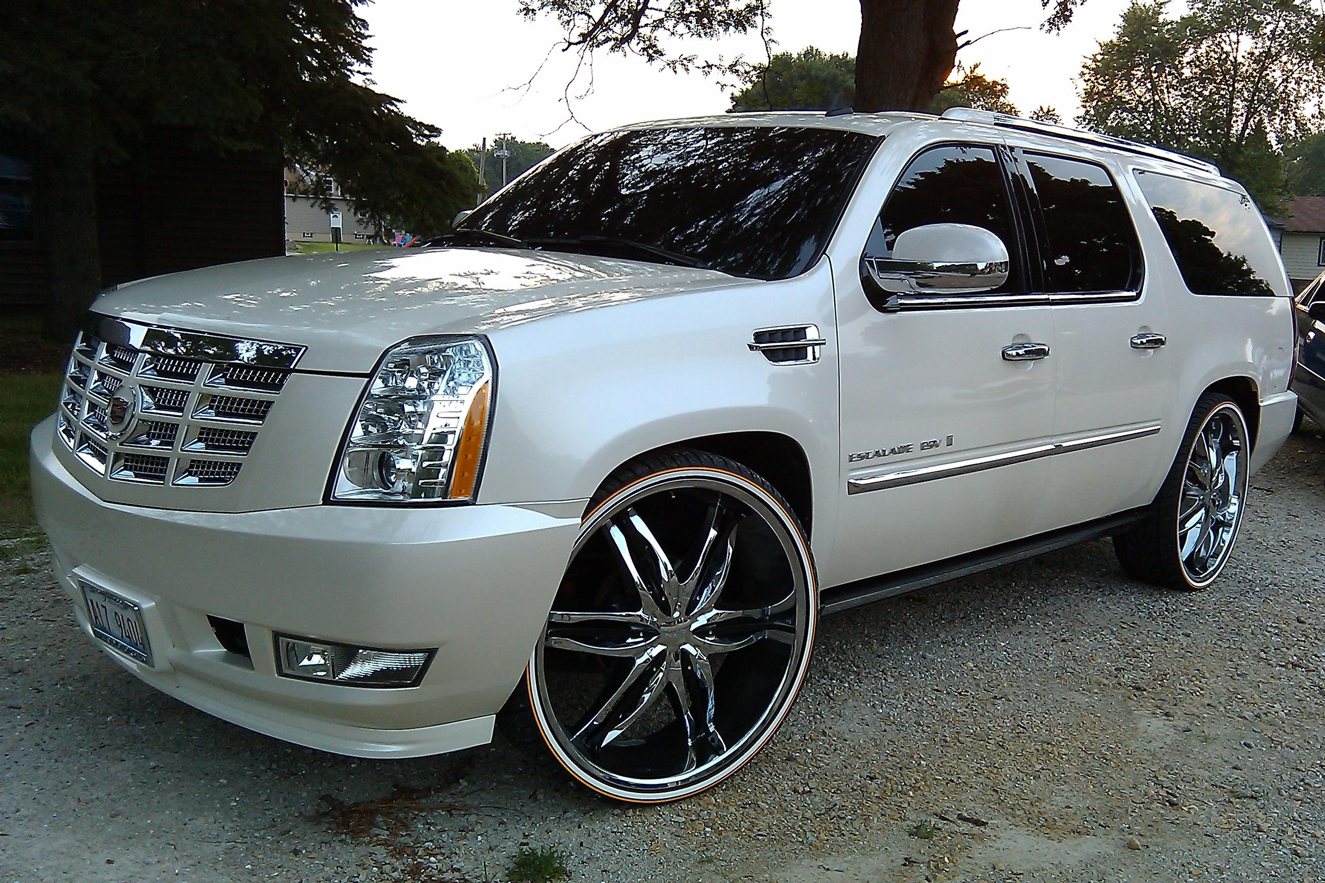 chitownsillest 2010 cadillac escalade esv specs photos. Black Bedroom Furniture Sets. Home Design Ideas