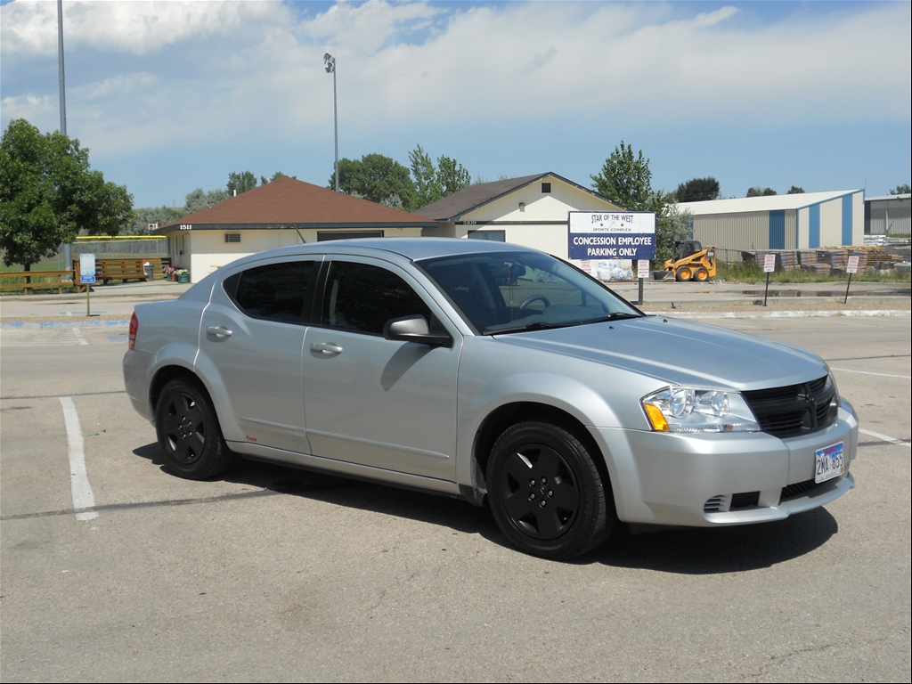 Images of White Rims Dodge Avenger