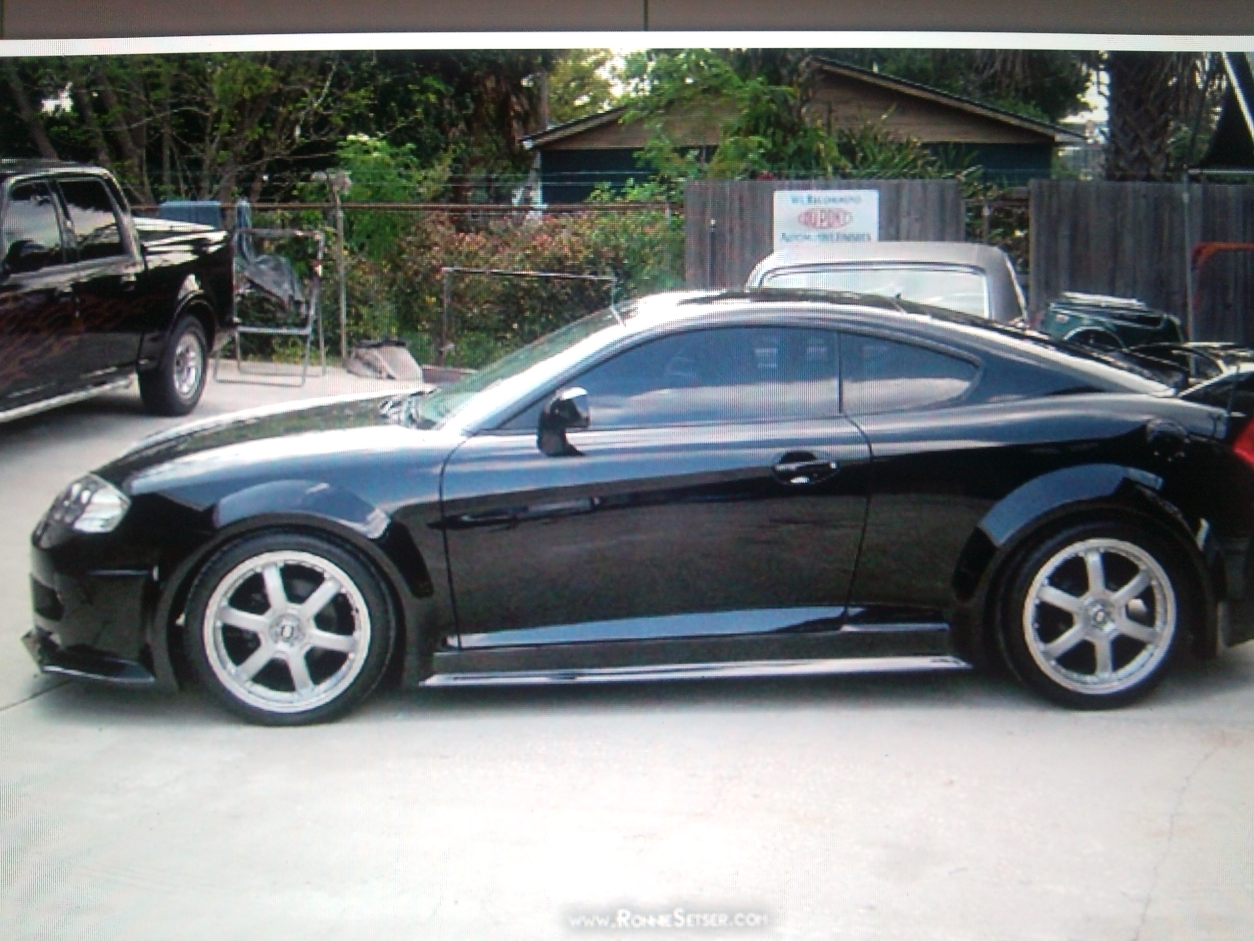 Another stewart1144 2003 Hyundai Tiburon post... - 15247627