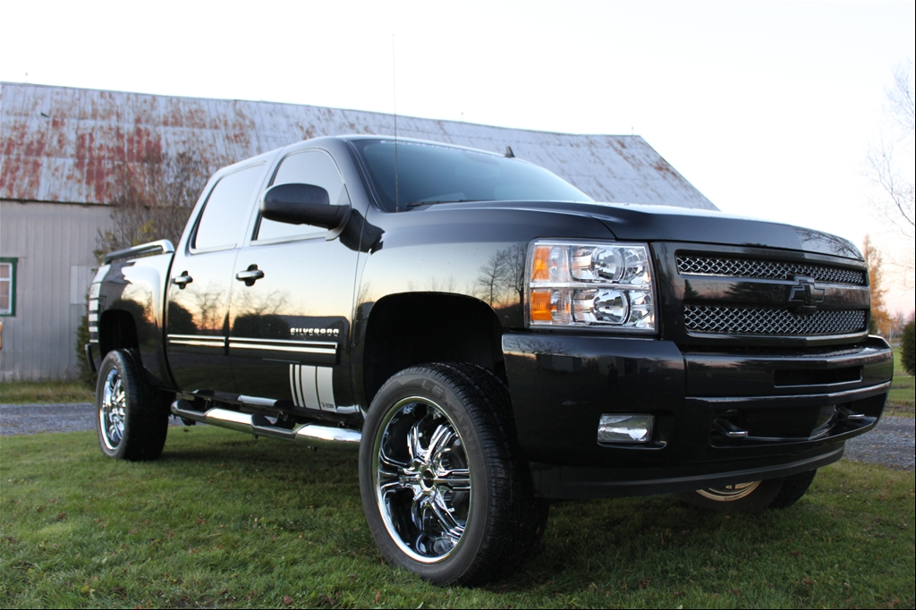 Chevy Silverado 2010 1500 Lifted 4x4 Z71