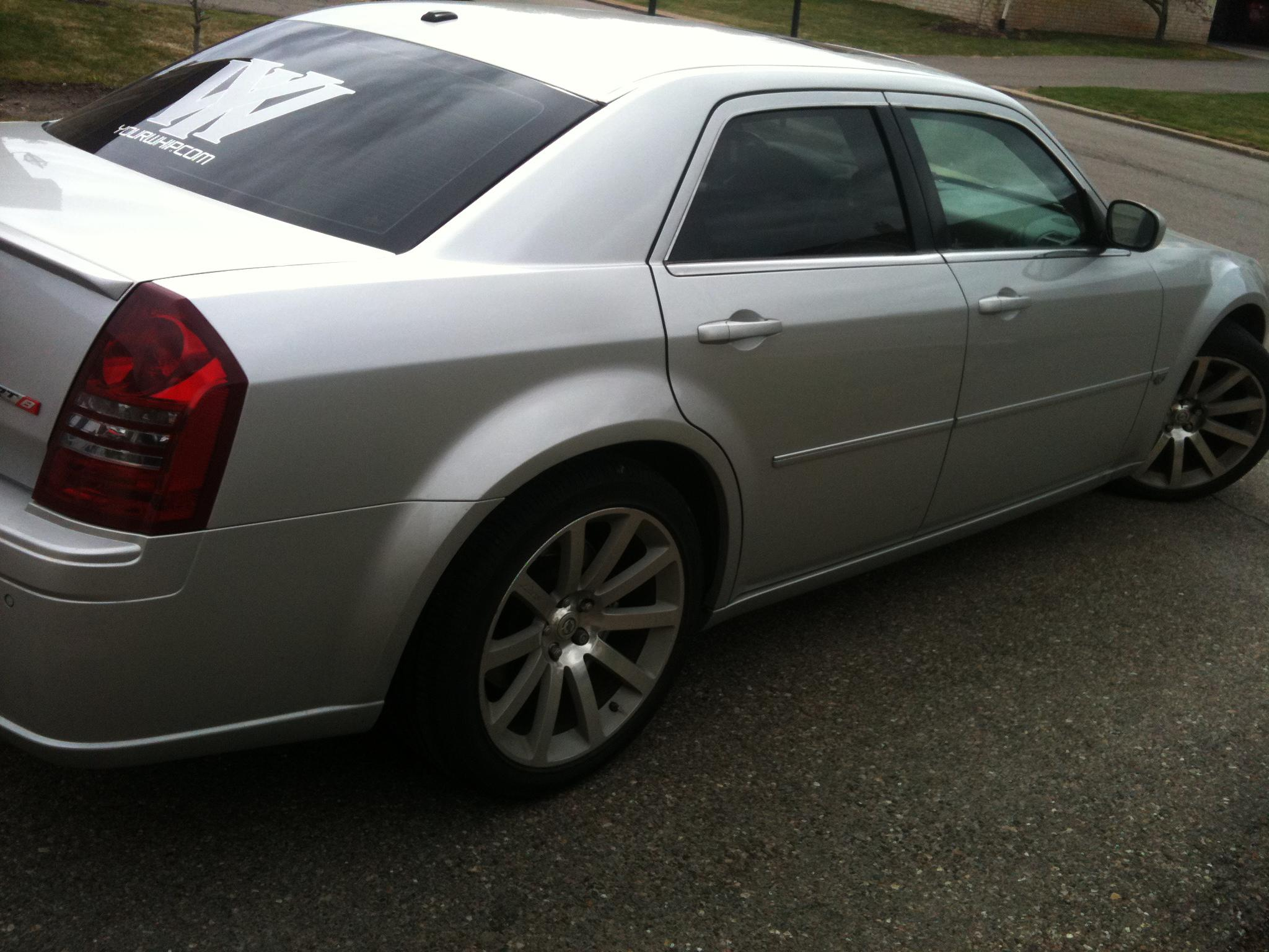 Another ceosean 2006 Chrysler 300 post... - 15249544
