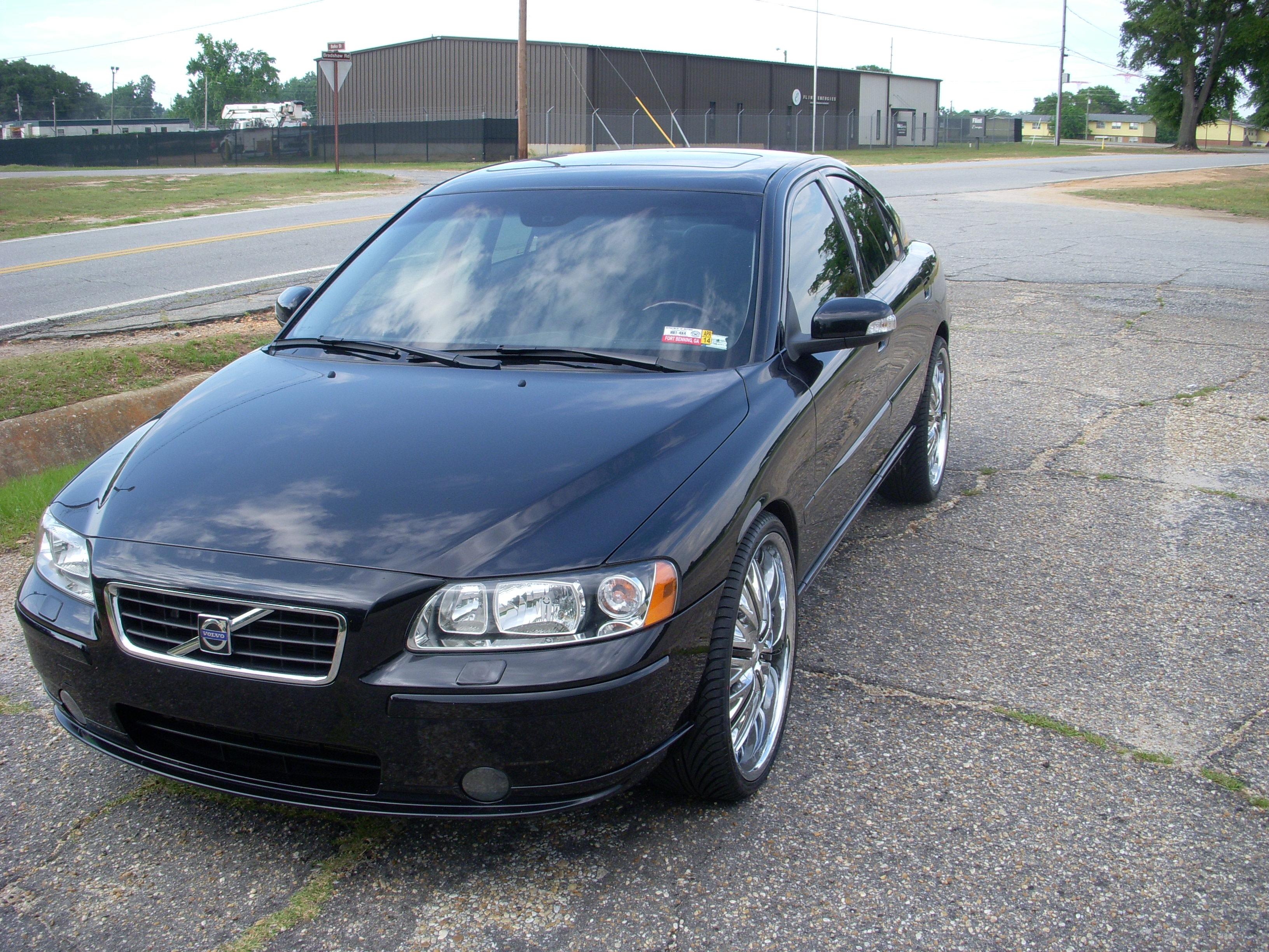 Another polevaulter 2007 Volvo S60 post... - 15255265