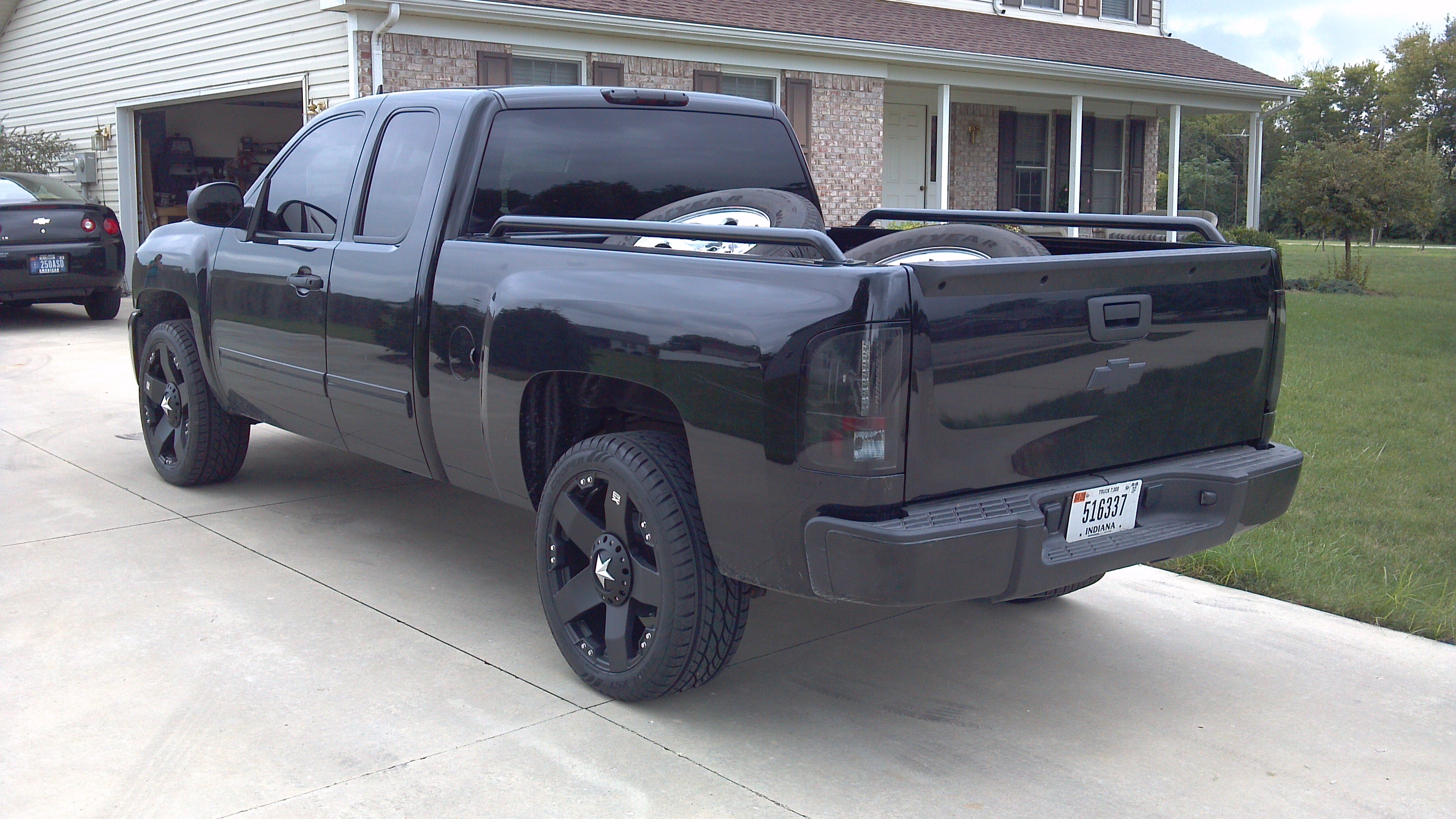 jaronfreed 2011 chevrolet silverado 1500 extended cab specs photos modification info at cardomain. Black Bedroom Furniture Sets. Home Design Ideas