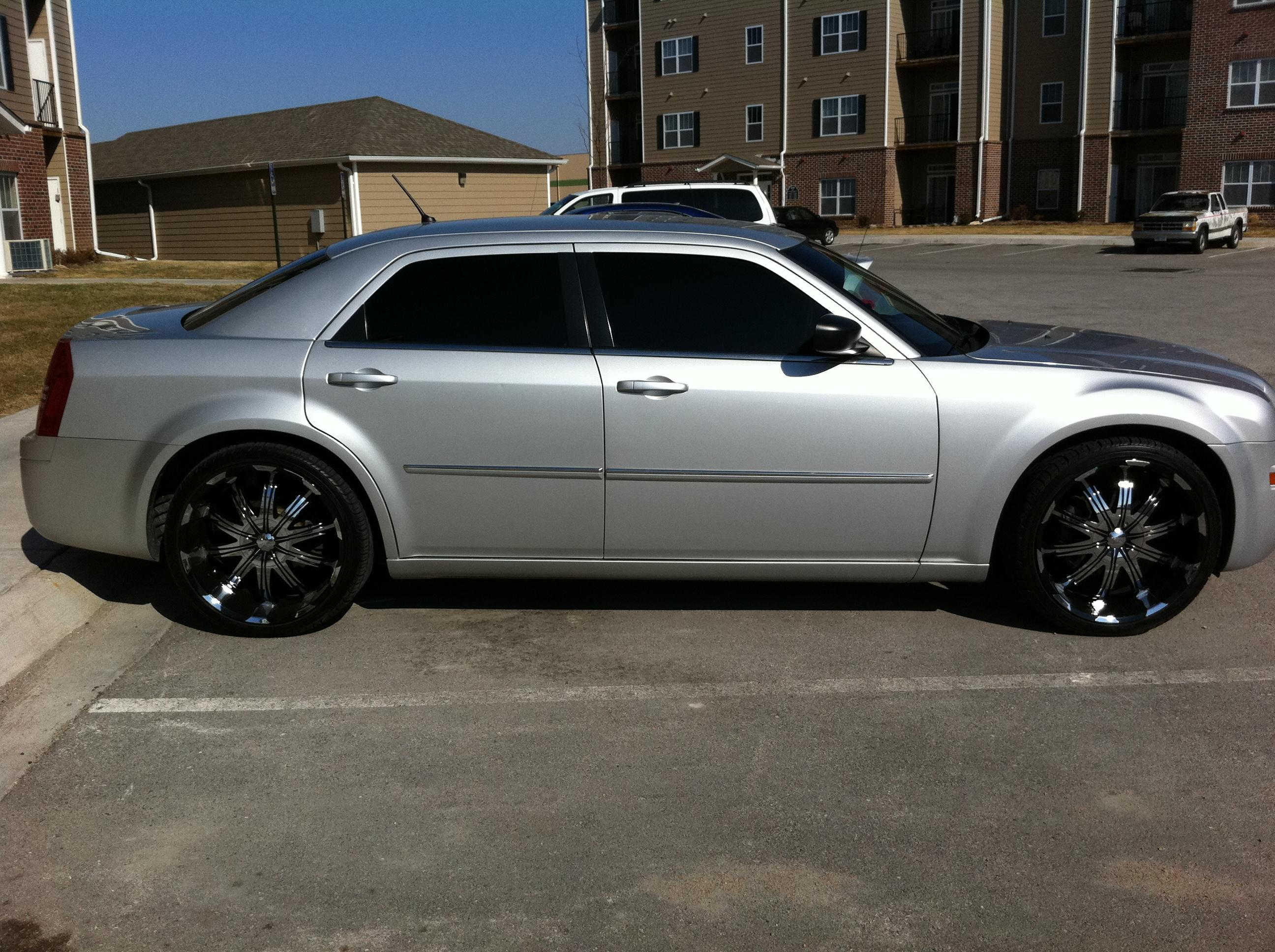 Another 513_Frizzy 2008 Chrysler 300 post... - 15261570