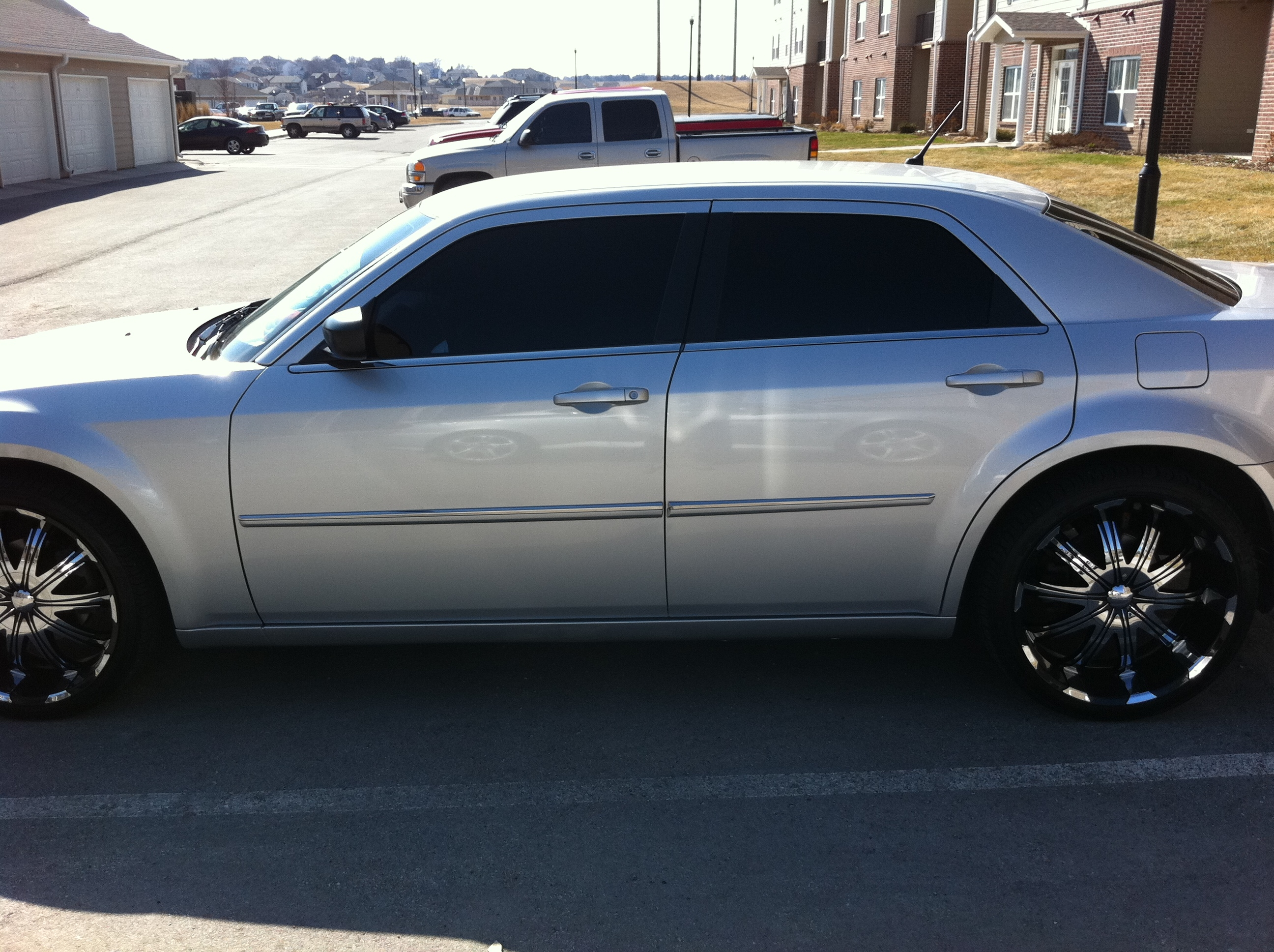 Another 513_Frizzy 2008 Chrysler 300 post... - 15261575