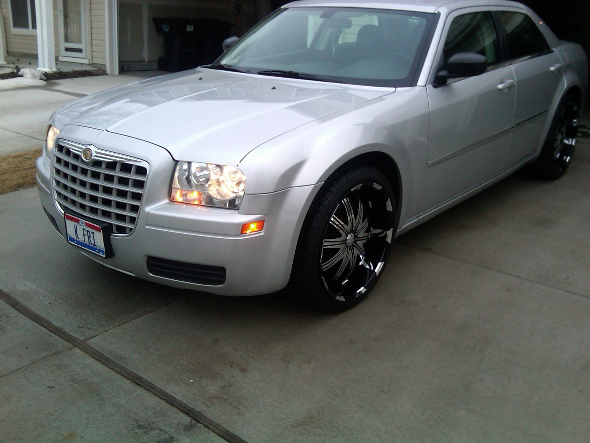 Another 513_Frizzy 2008 Chrysler 300 post... - 15261580