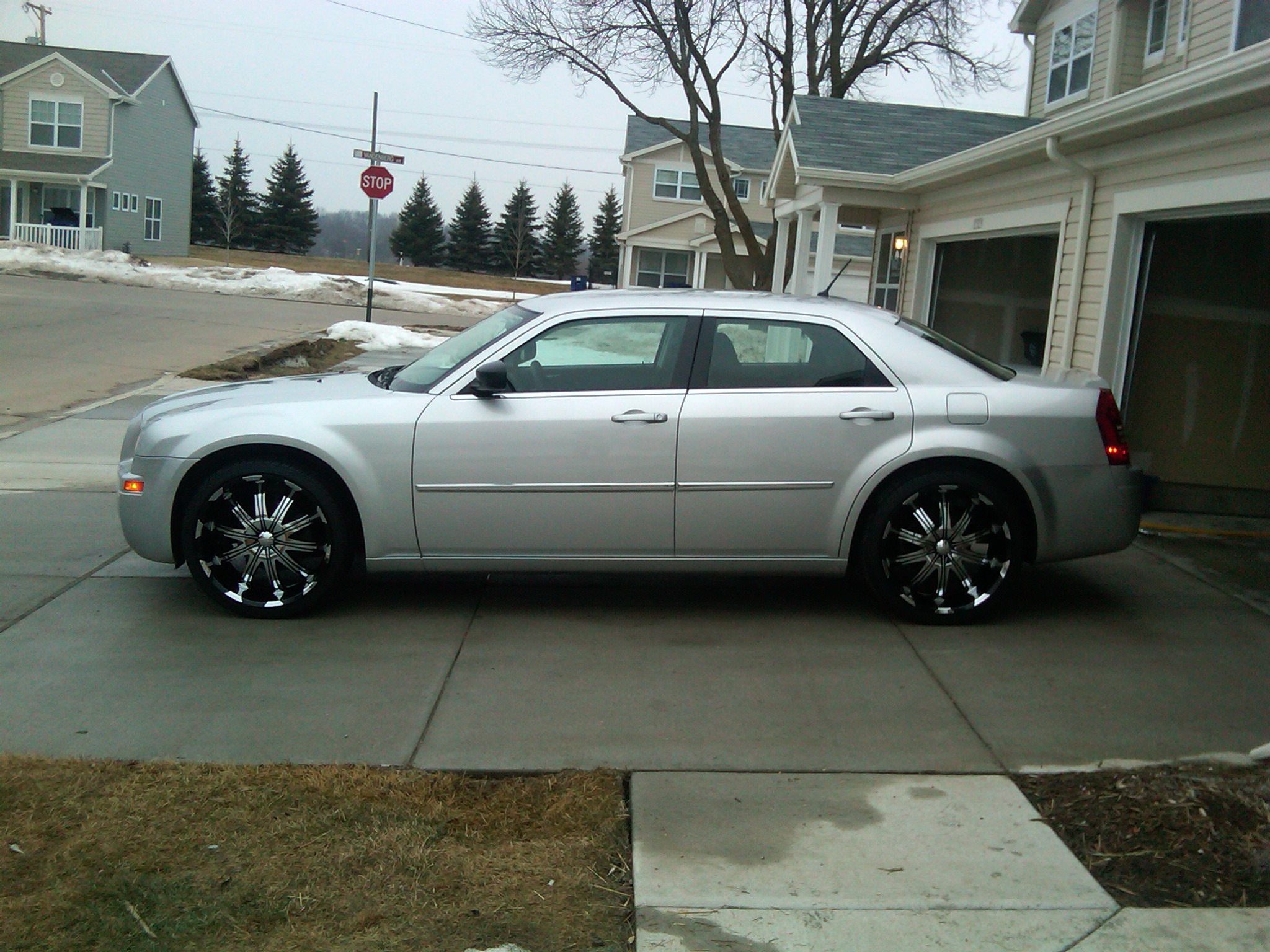 Another 513_Frizzy 2008 Chrysler 300 post... - 15261581