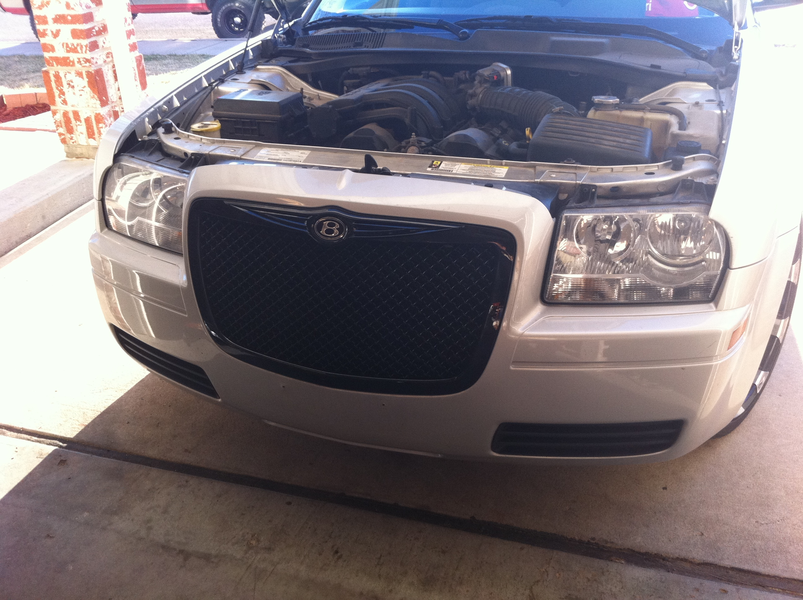 Another 513_Frizzy 2008 Chrysler 300 post... - 15261584