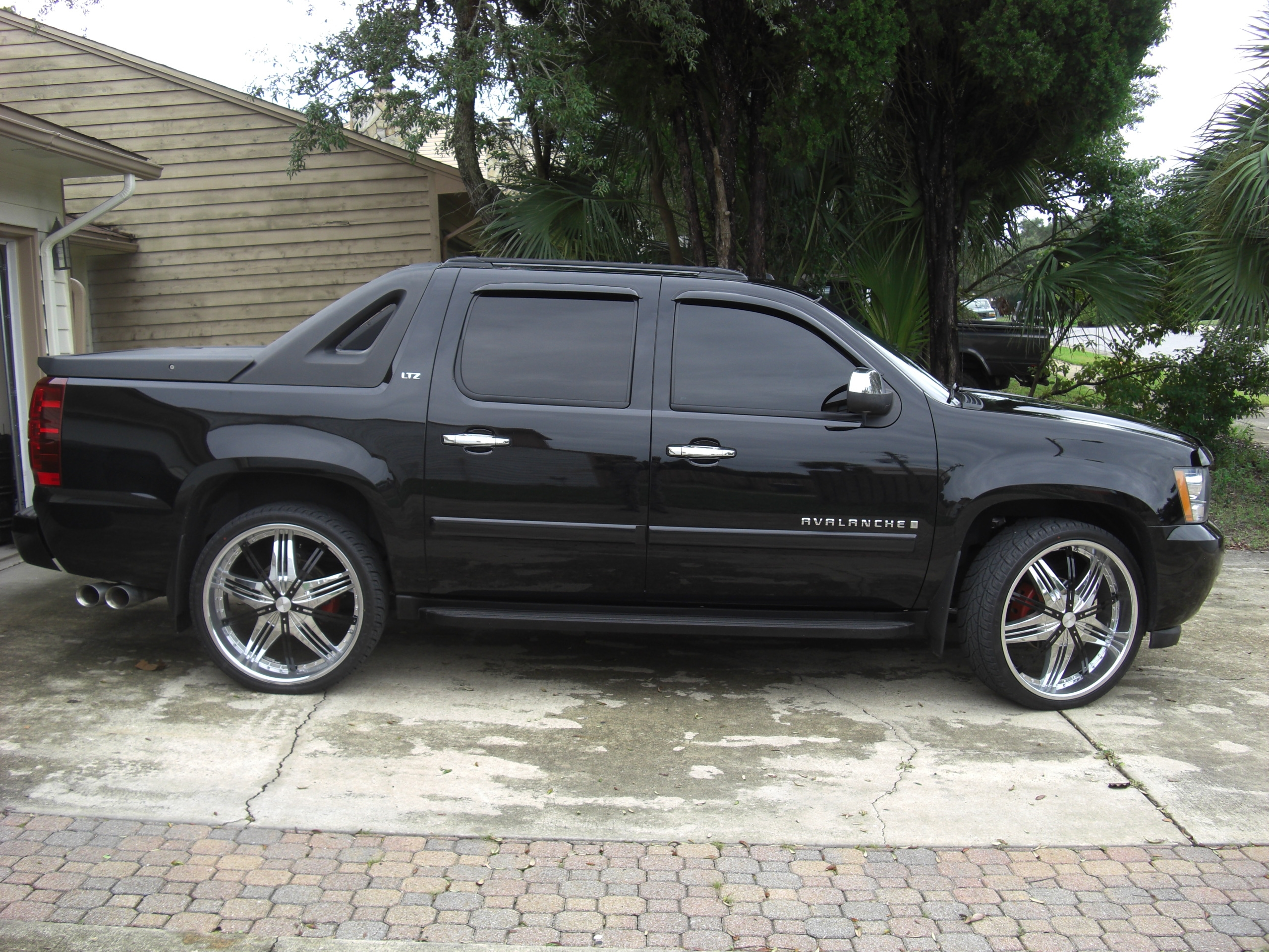 Another obaidk786 2008 Chevrolet Avalanche post... - 15263545