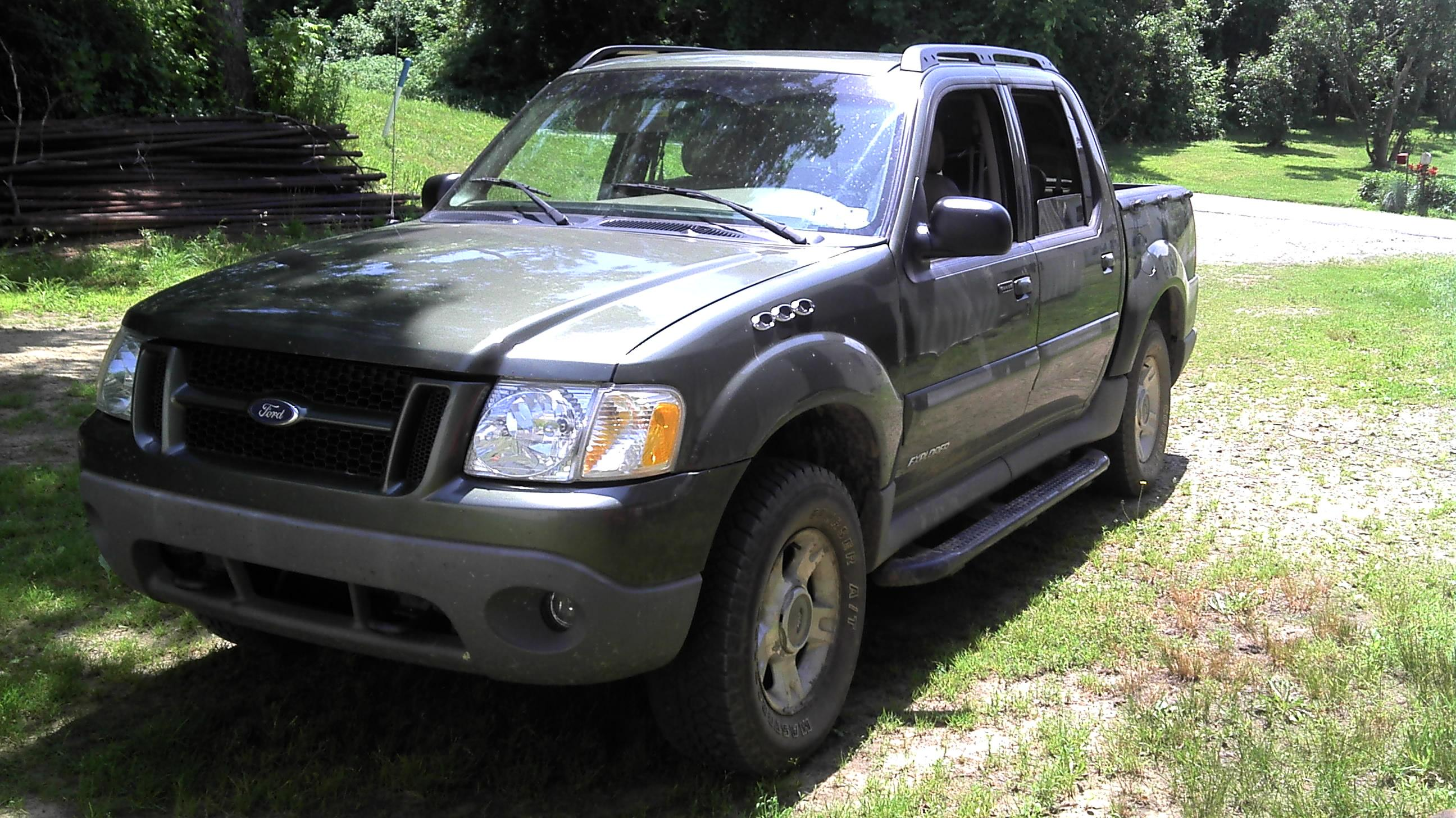 mexicansporttrac 39 s 2002 ford explorer sport trac utility pickup 4d in erie pa. Black Bedroom Furniture Sets. Home Design Ideas