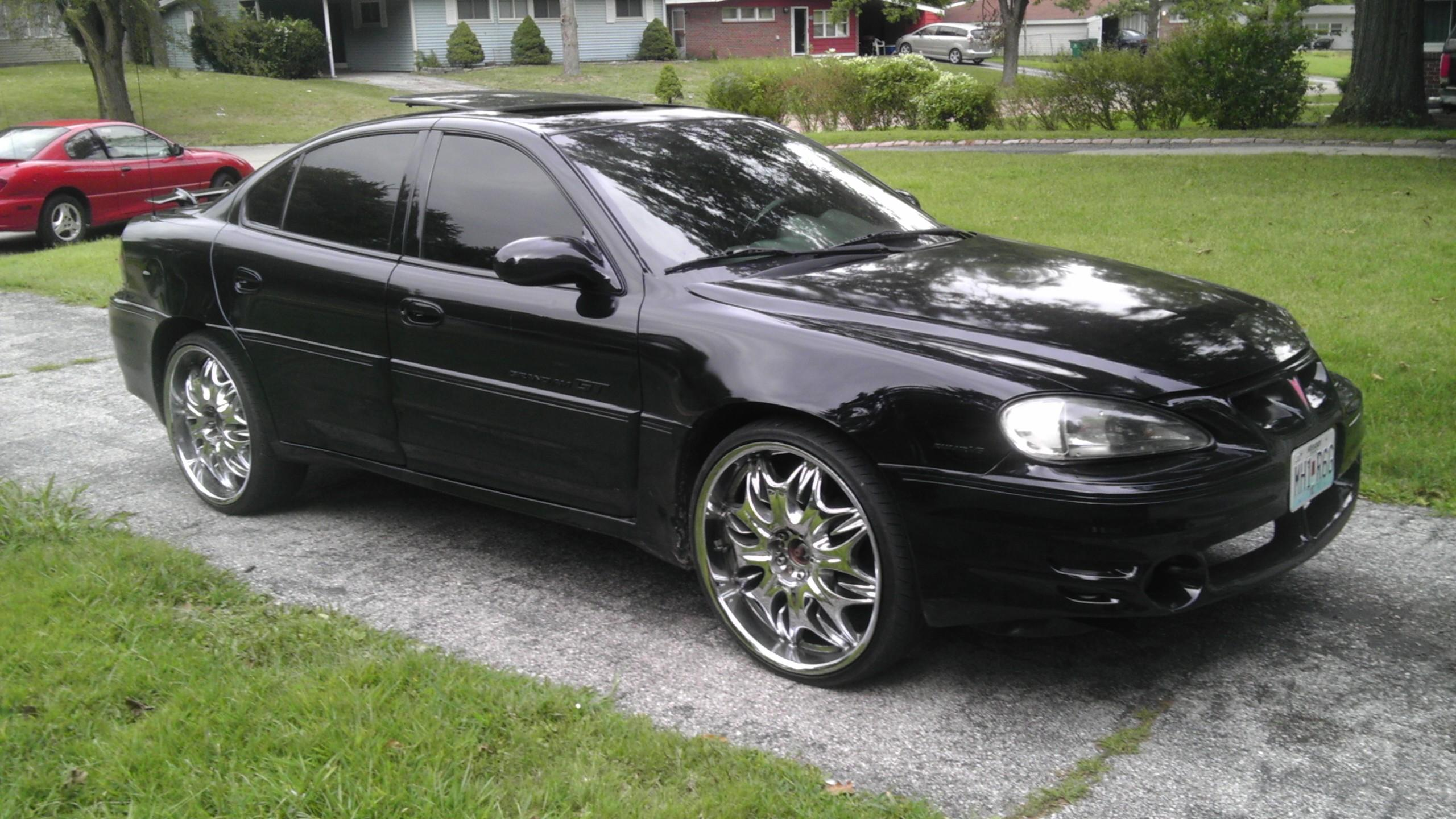 revenga 2002 pontiac grand amgt sedan 4d specs photos. Black Bedroom Furniture Sets. Home Design Ideas
