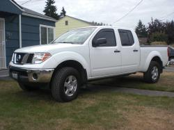 White08Frontier 2008 Nissan Frontier Crew Cab