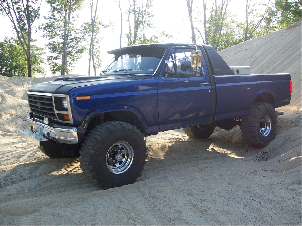 1986 Ford F-150 Lifted