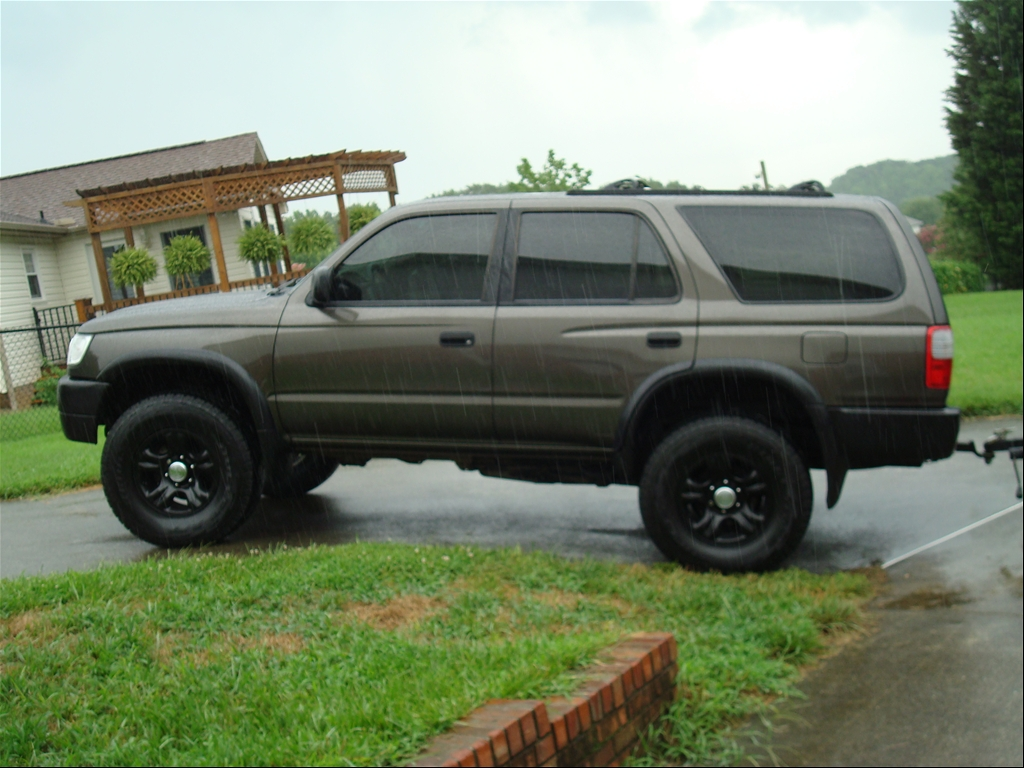 ncco828 39 s 1997 toyota 4runner in winston salem nc. Black Bedroom Furniture Sets. Home Design Ideas