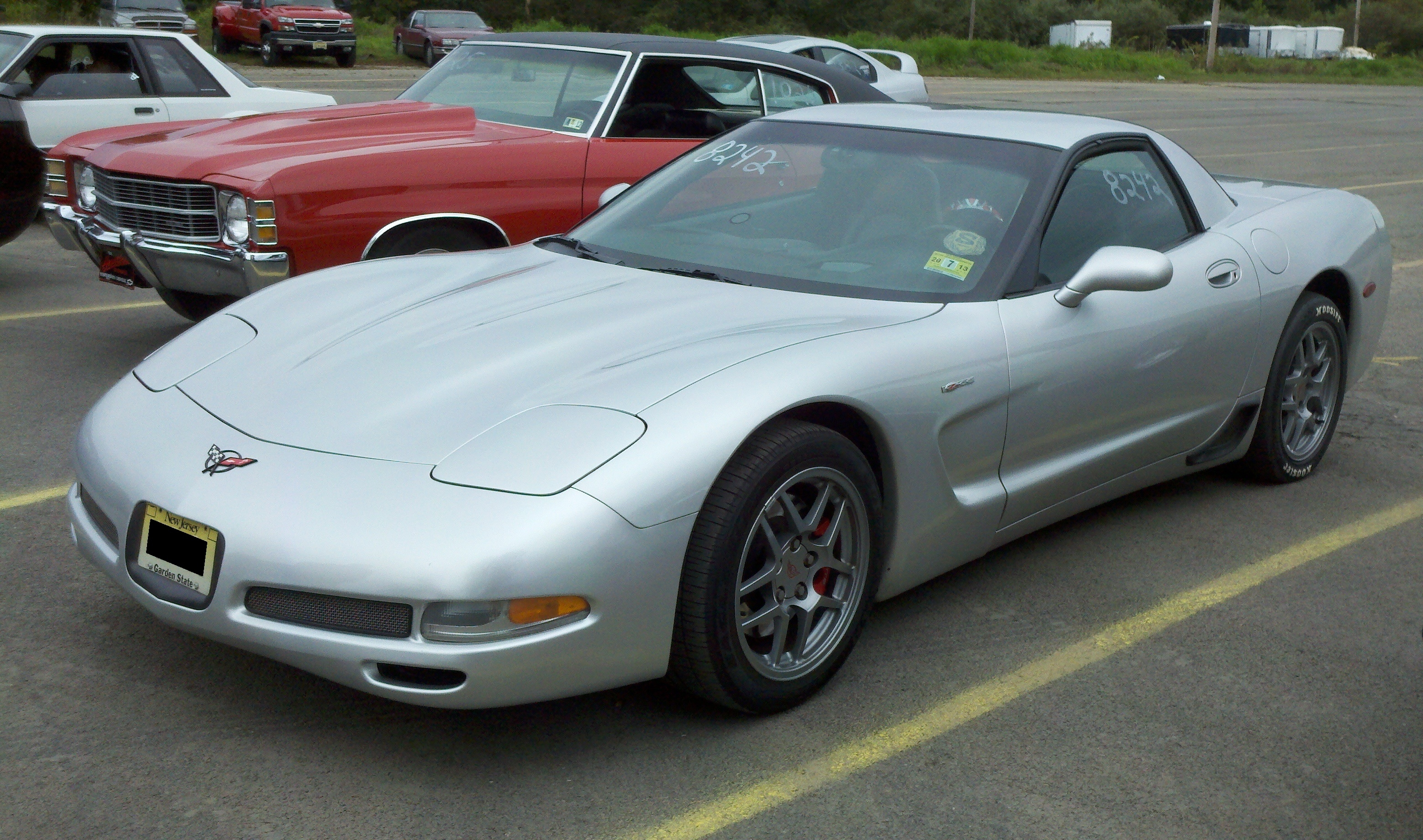 ubnpast 2001 Chevrolet CorvetteZ06 Hard Top 2D Specs, Photos, Modification Info at CarDomain
