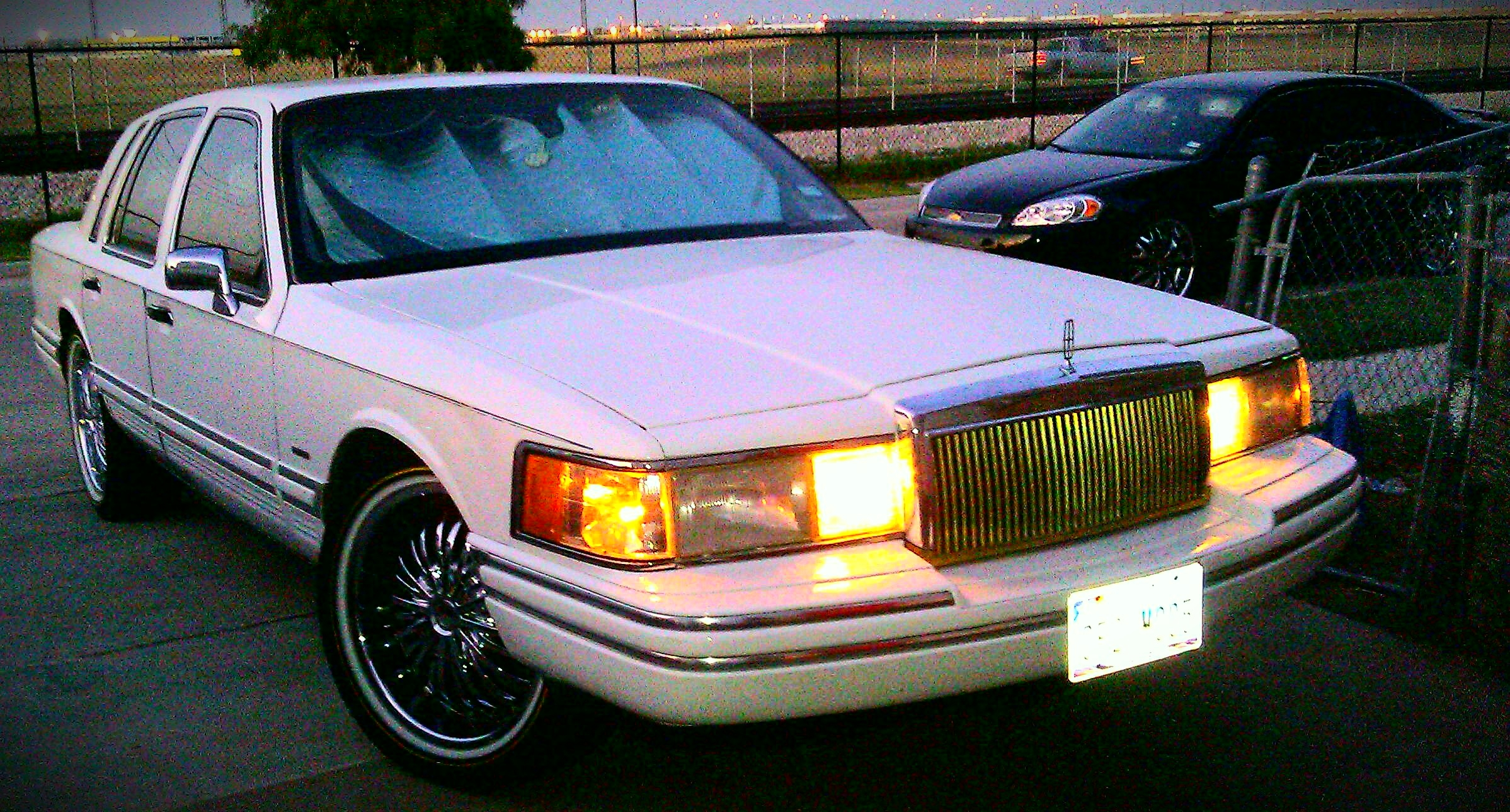 Another Impala22s 1994 Lincoln Town Car post... - 15304771