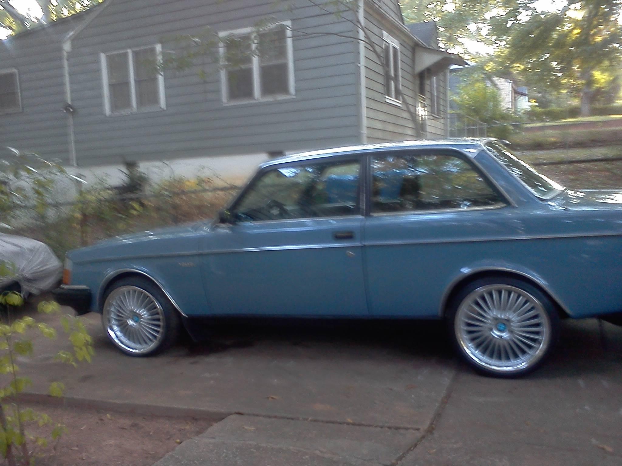 Another bandy 1982 Volvo 240 post... - 15312827