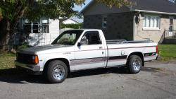 TKS09Trix 1988 Dodge Dakota Regular Cab