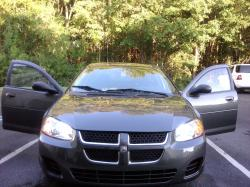 Kenhouse3 2005 Dodge Stratus