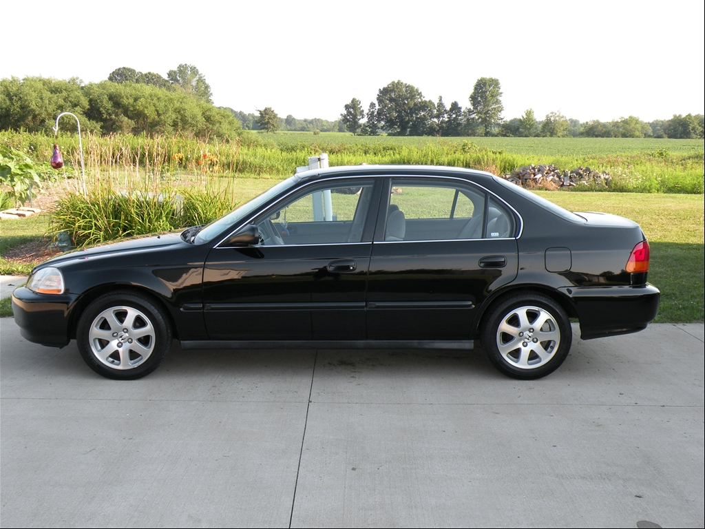 oneill24 39 s 1998 honda civic lx sedan 4d in lordstown oh. Black Bedroom Furniture Sets. Home Design Ideas