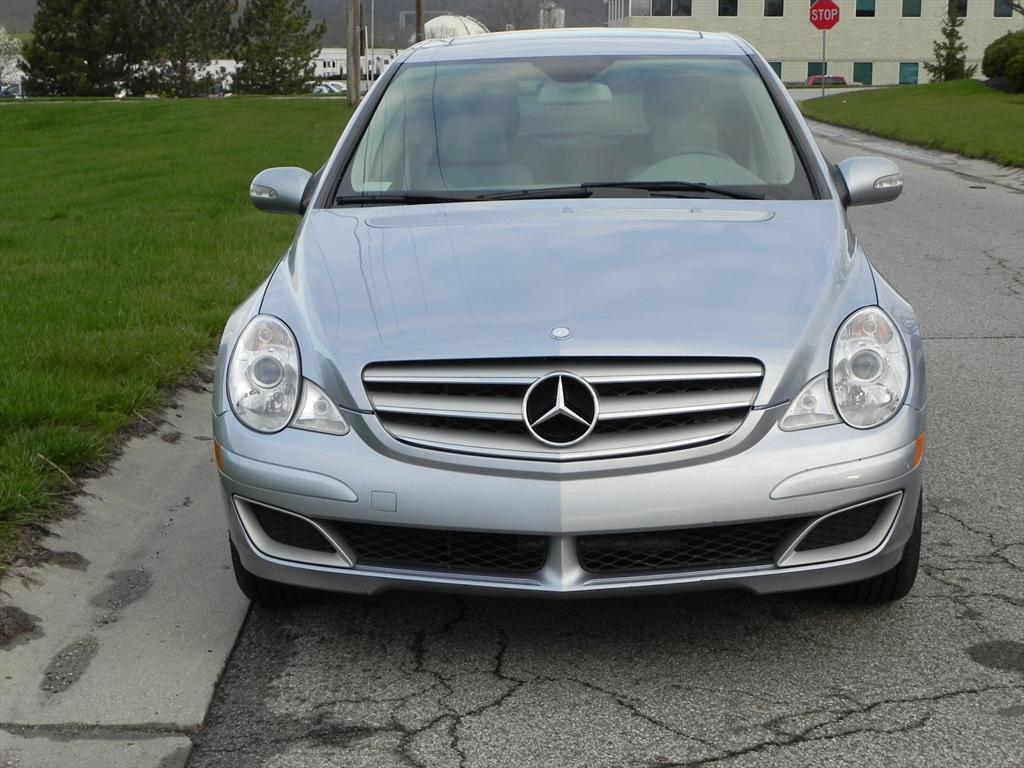 Beej 2007 mercedes benz r classr350 sport wagon 4d specs for Mercedes benz s class 2007