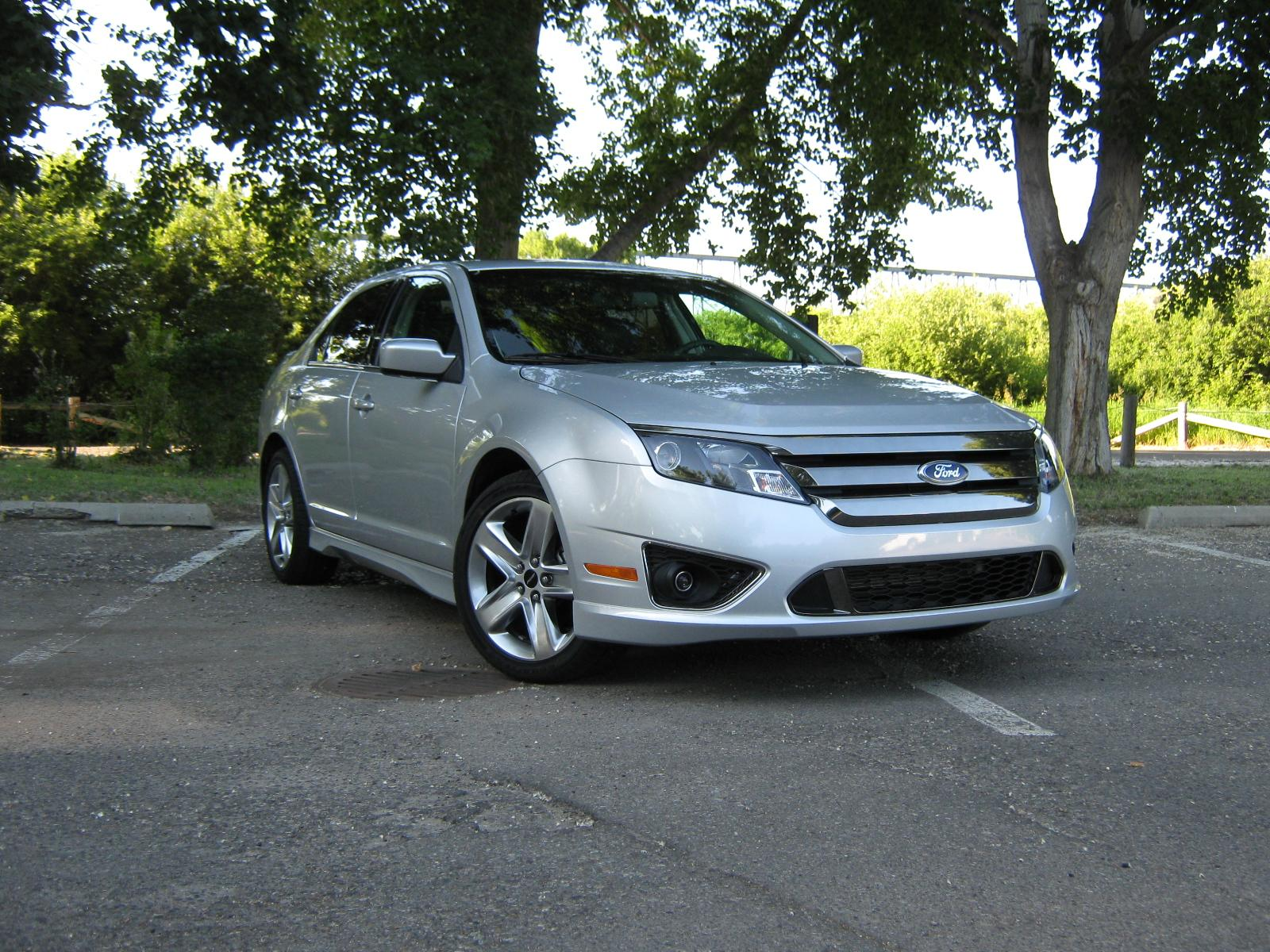 equipe2500 2011 Ford Fusion 18844712
