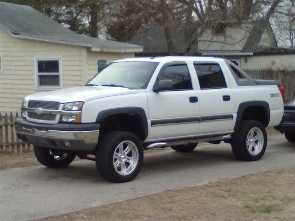 blazerrin420 2004 chevrolet avalanche 1500sport utility pickup 4d 5 1 4 ft specs photos. Black Bedroom Furniture Sets. Home Design Ideas