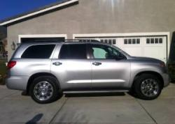 AutomotiveUSAs 2008 Toyota Sequoia