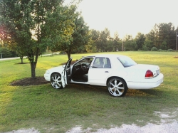 nook112s 2003 Ford Crown Victoria