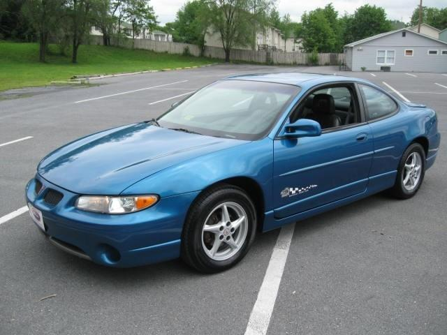 settingthepace 1998 pontiac grand prixgt coupe 2d specs photos modification info at cardomain. Black Bedroom Furniture Sets. Home Design Ideas