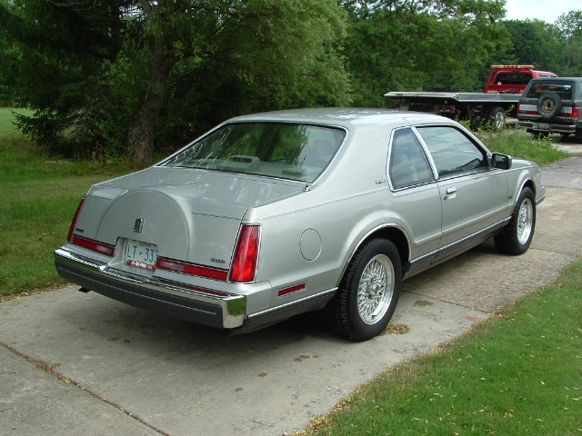 1990 Lincoln LSC for Sale http://www.cardomain.com/ride/3841522/1990-lincoln-mark-vii-lsc-sedan-2d/