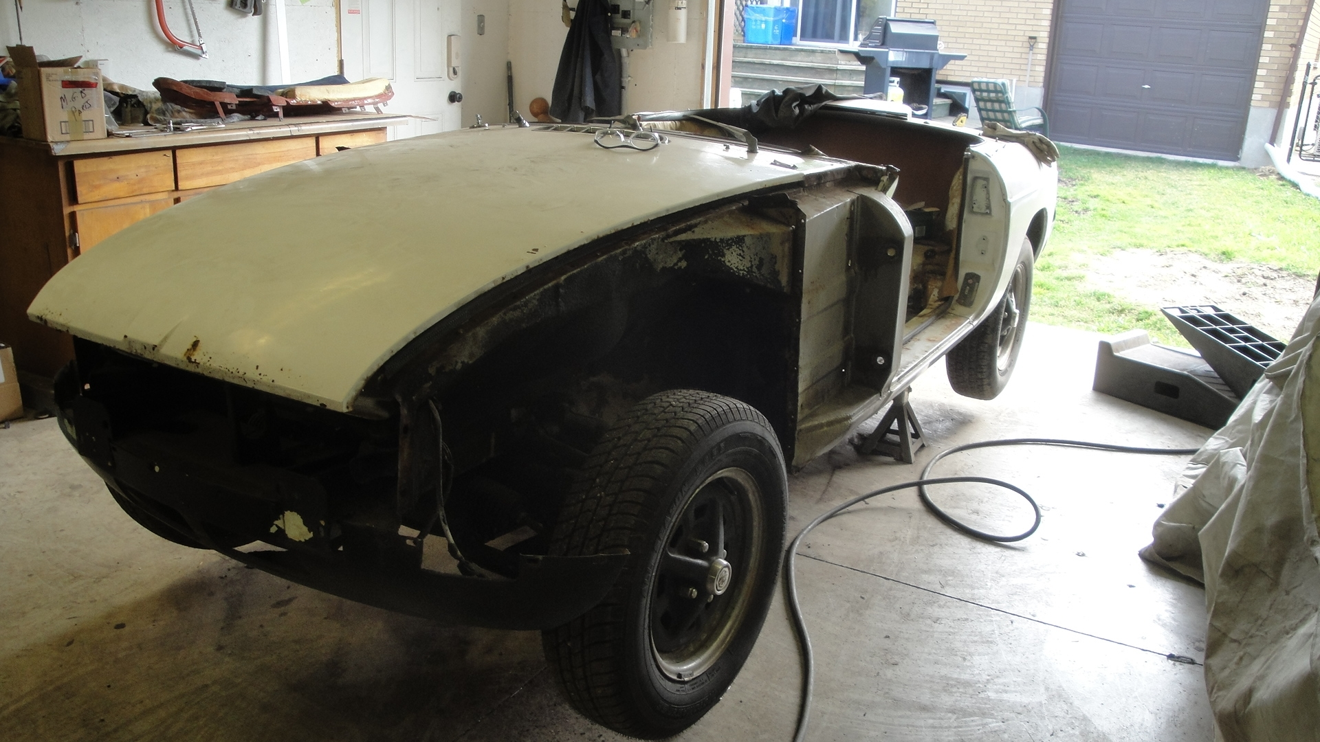 Another NOHOME 1975 MG MGB post... - 15662120